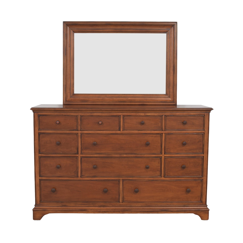 Thomasville Dresser with Mirror / Storage