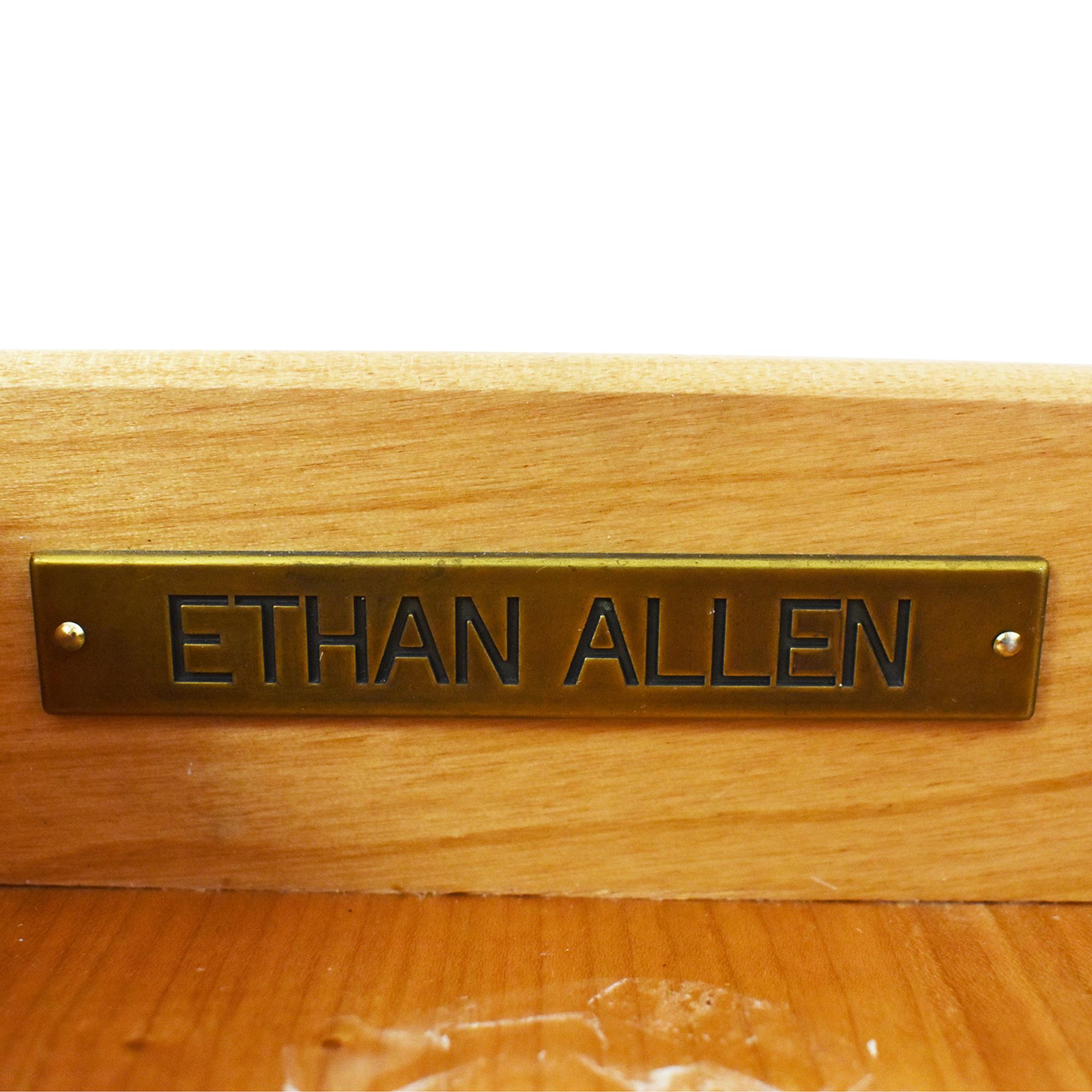 Ethan Allen Ethan Allen Hawke Double Pedestal Desk ct