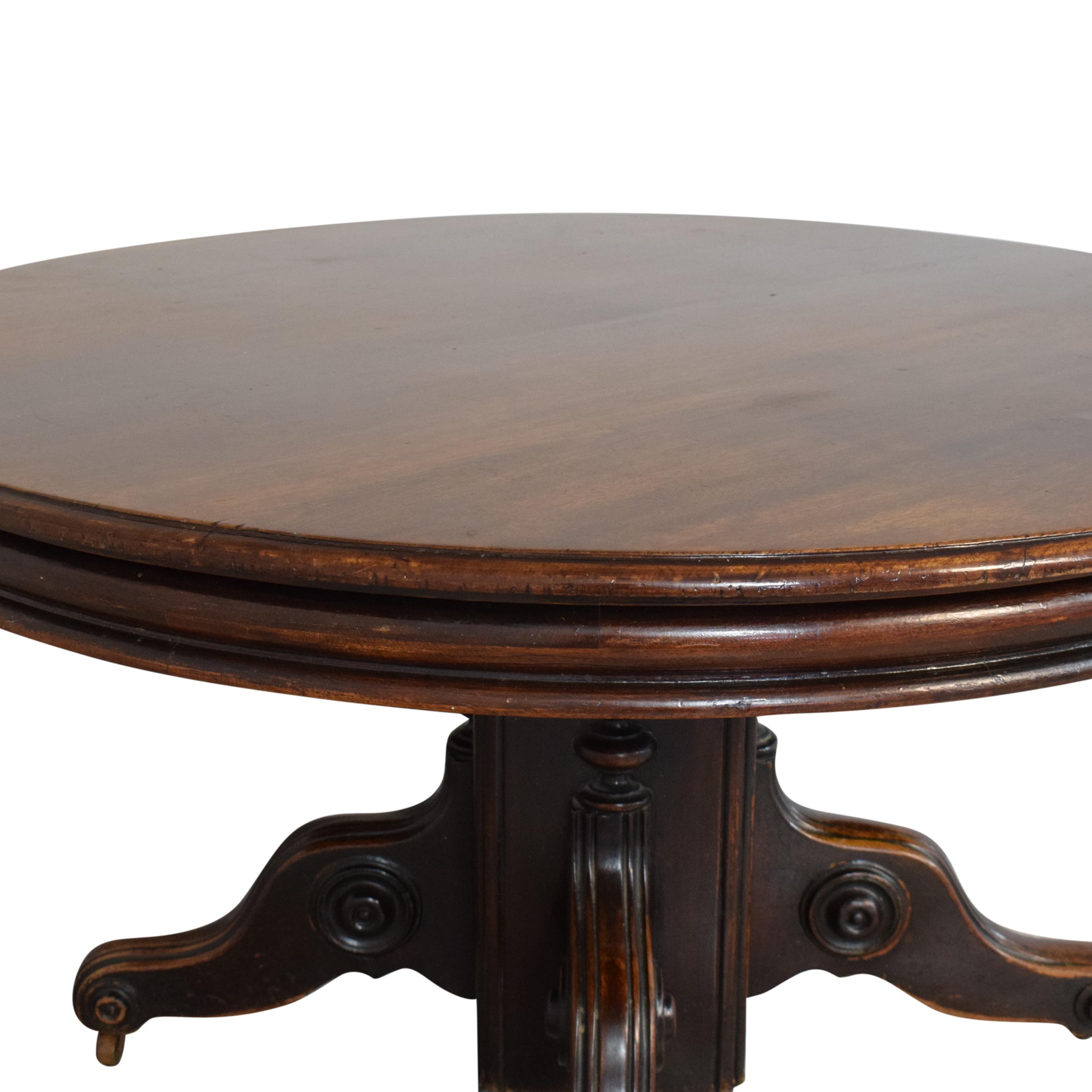 Round Pedestal Dining Table pa