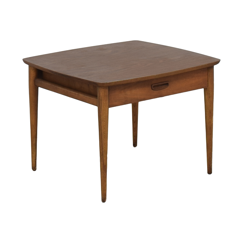 Lane Furniture Lane Furniture Mid-Century End Table brown