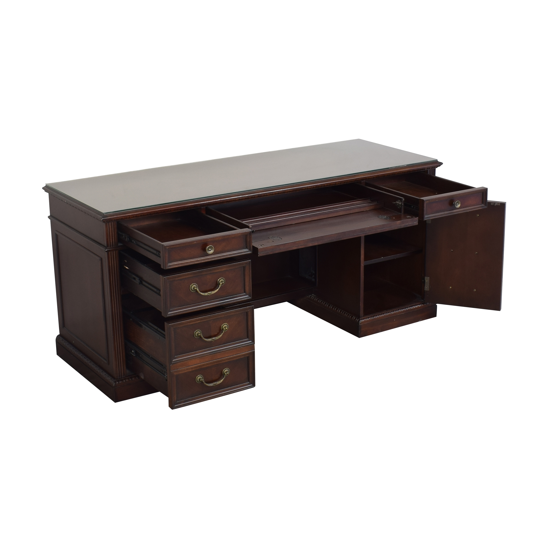 Flexsteel Flexsteel Wynwood Valencia Executive Desk ma
