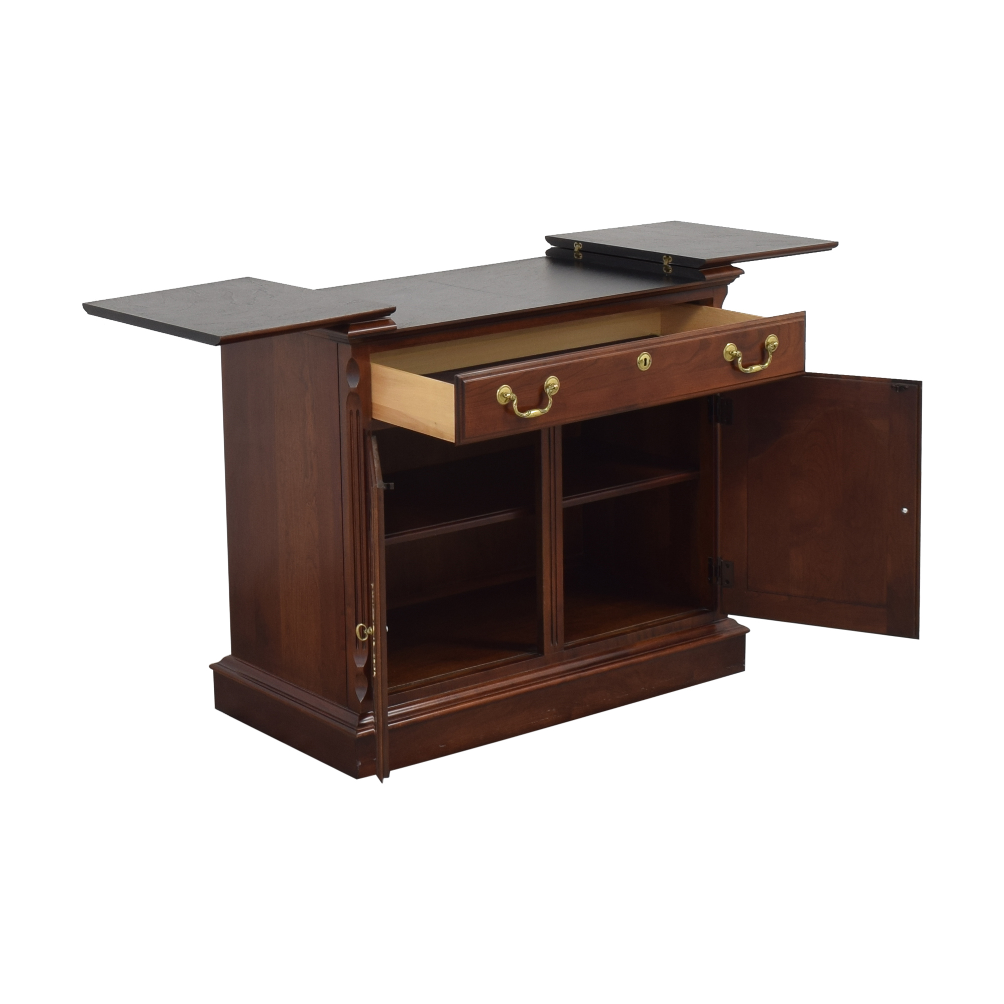 Pennsylvania House Side Server / Cabinets & Sideboards