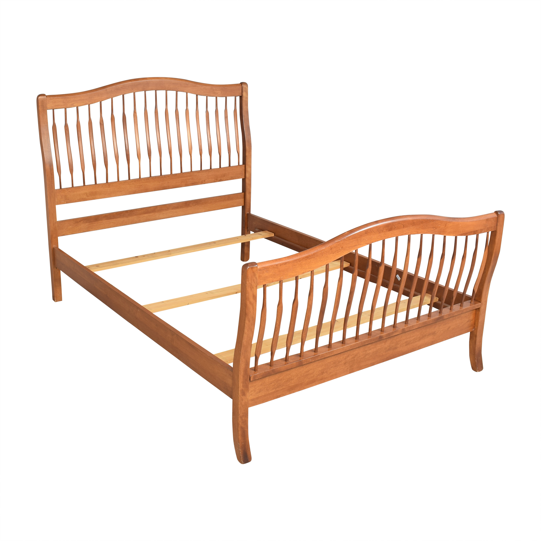 Nichols & Stone Nichols & Stone Queen Sleigh Bed ct