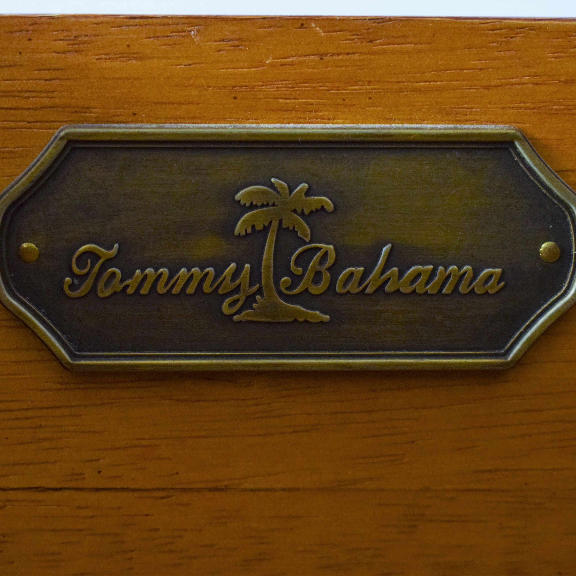 Tommy Bahama Console Table / Accent Tables