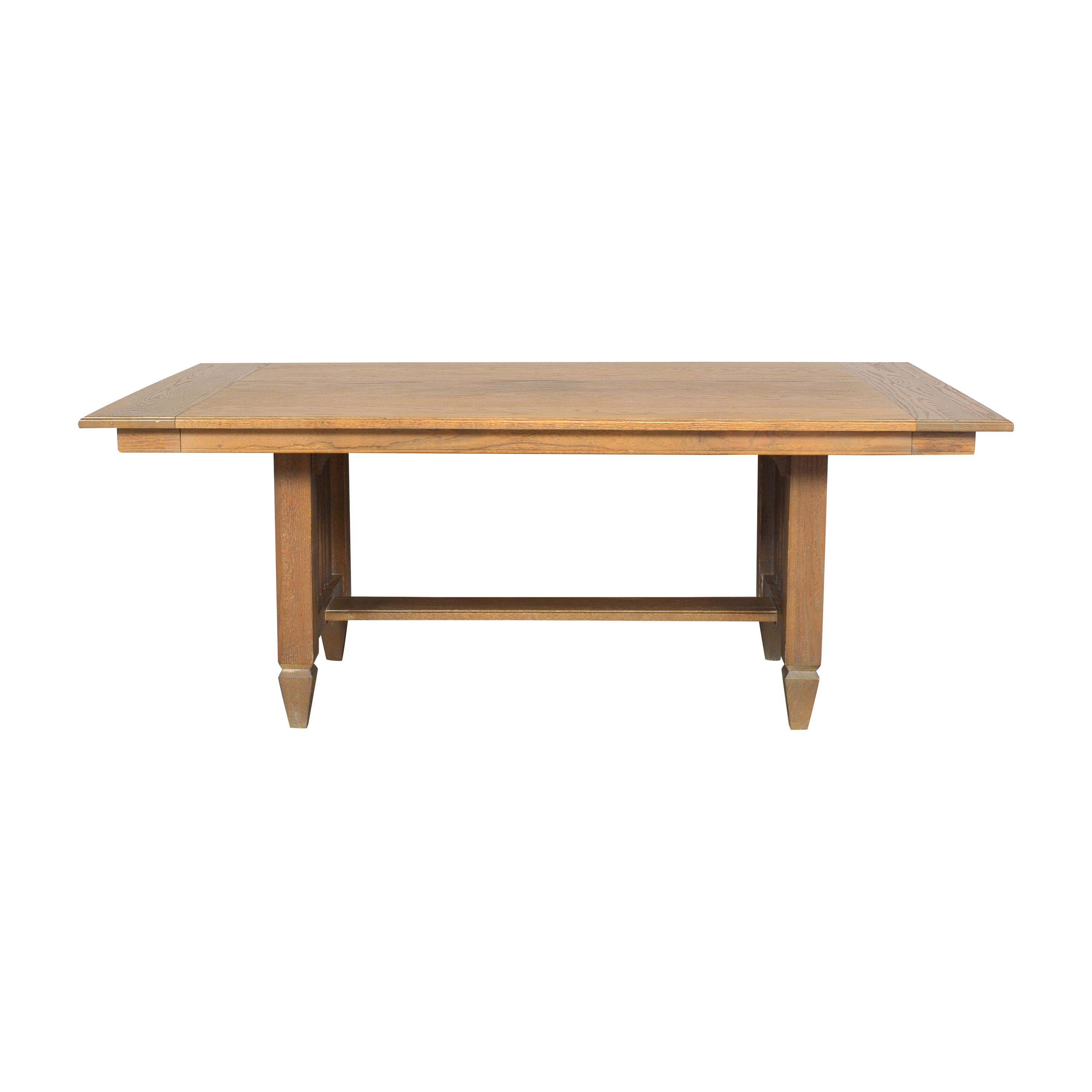 Ethan Allen Extendable Dining Table / Tables