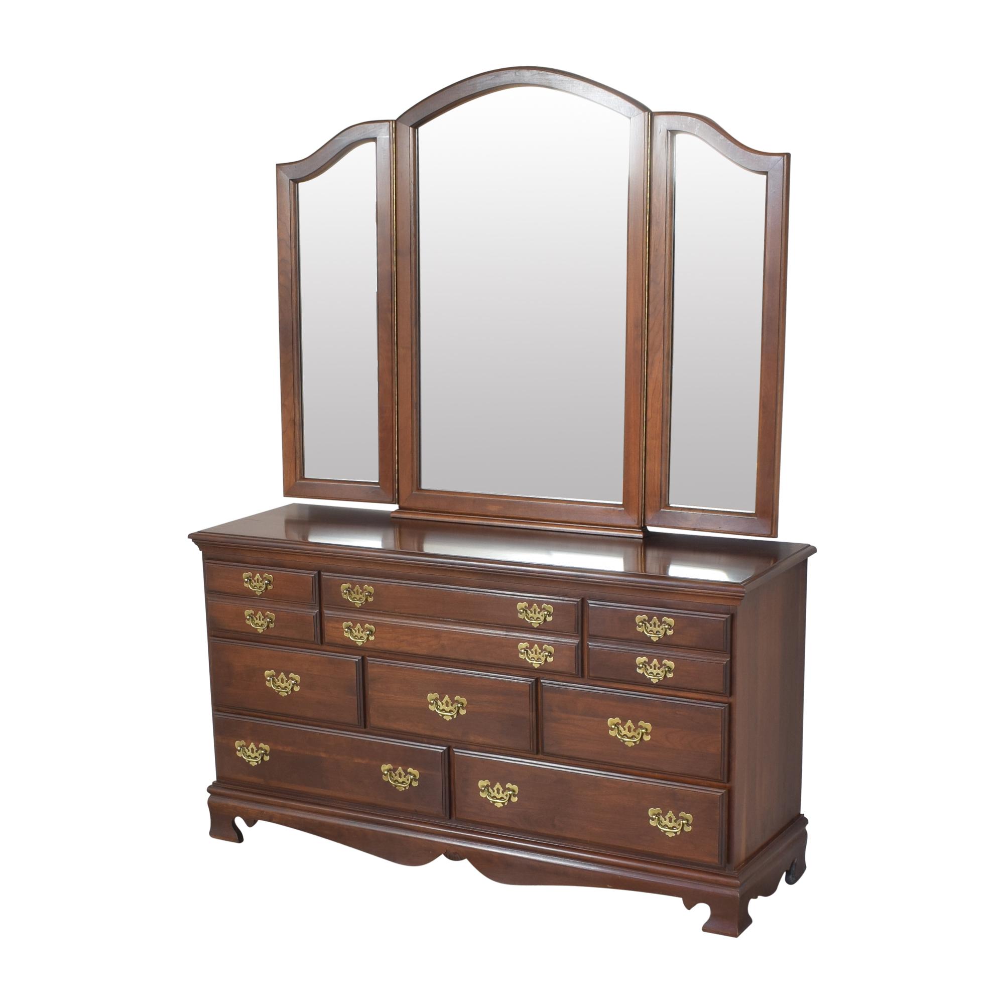 Dresser with Three Panel Mirror ct