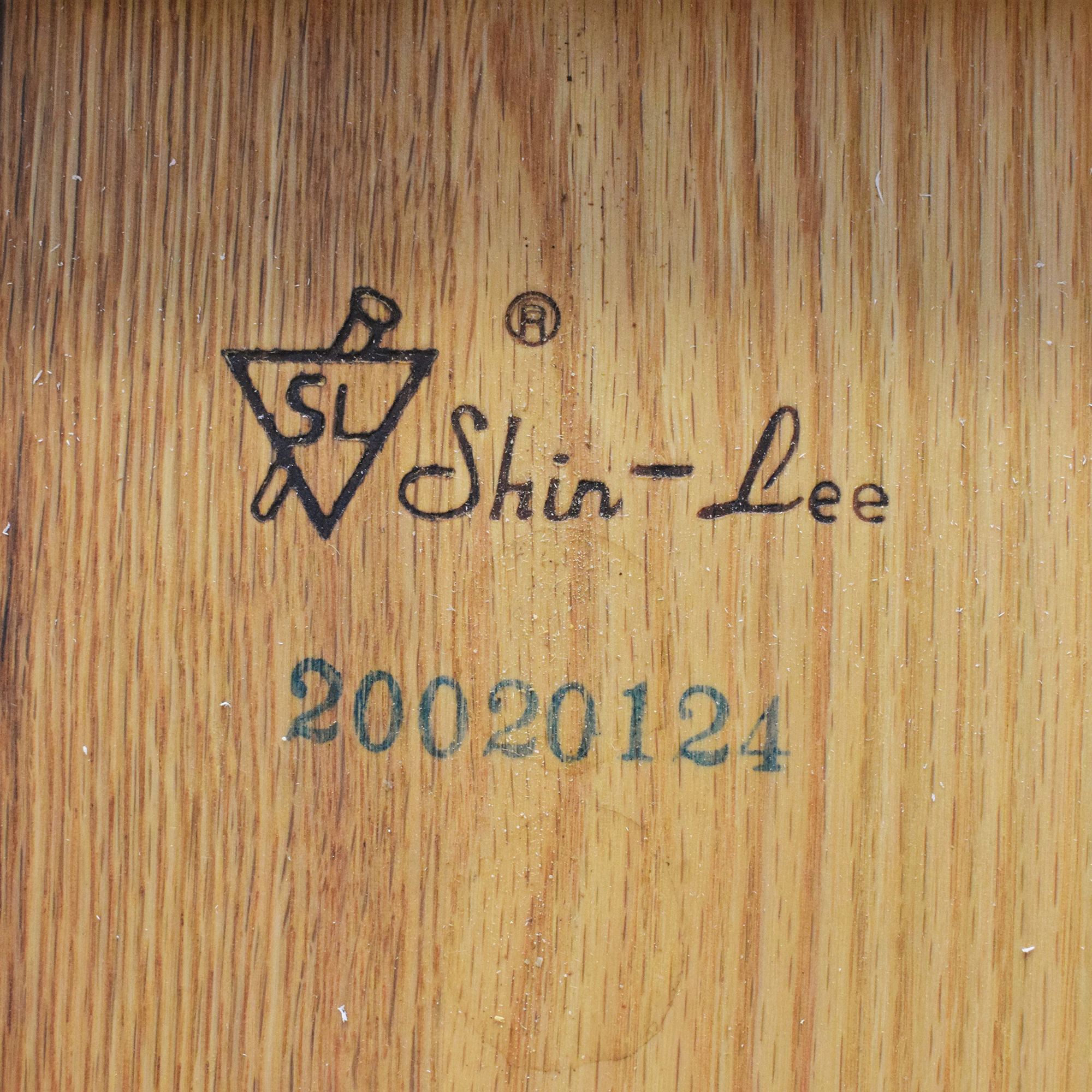 83 Off Shin Lee Shin Lee Round Extending Kitchen Table Tables