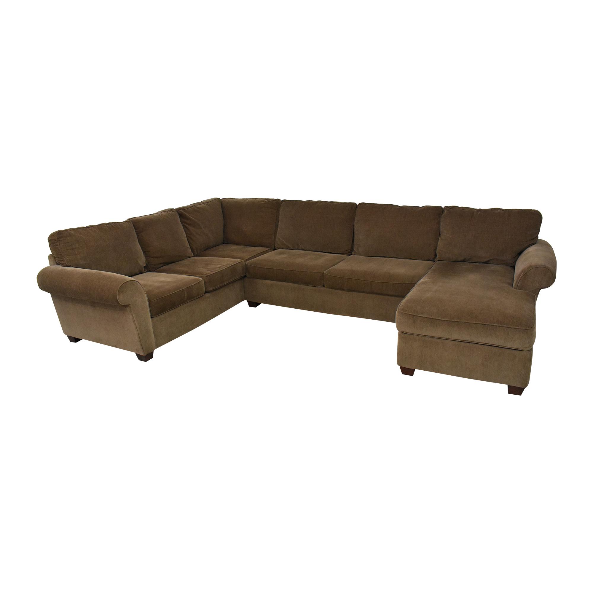 Raymour & Flanigan Raymour & Flanigan Sectional Sofa with Chaise nj