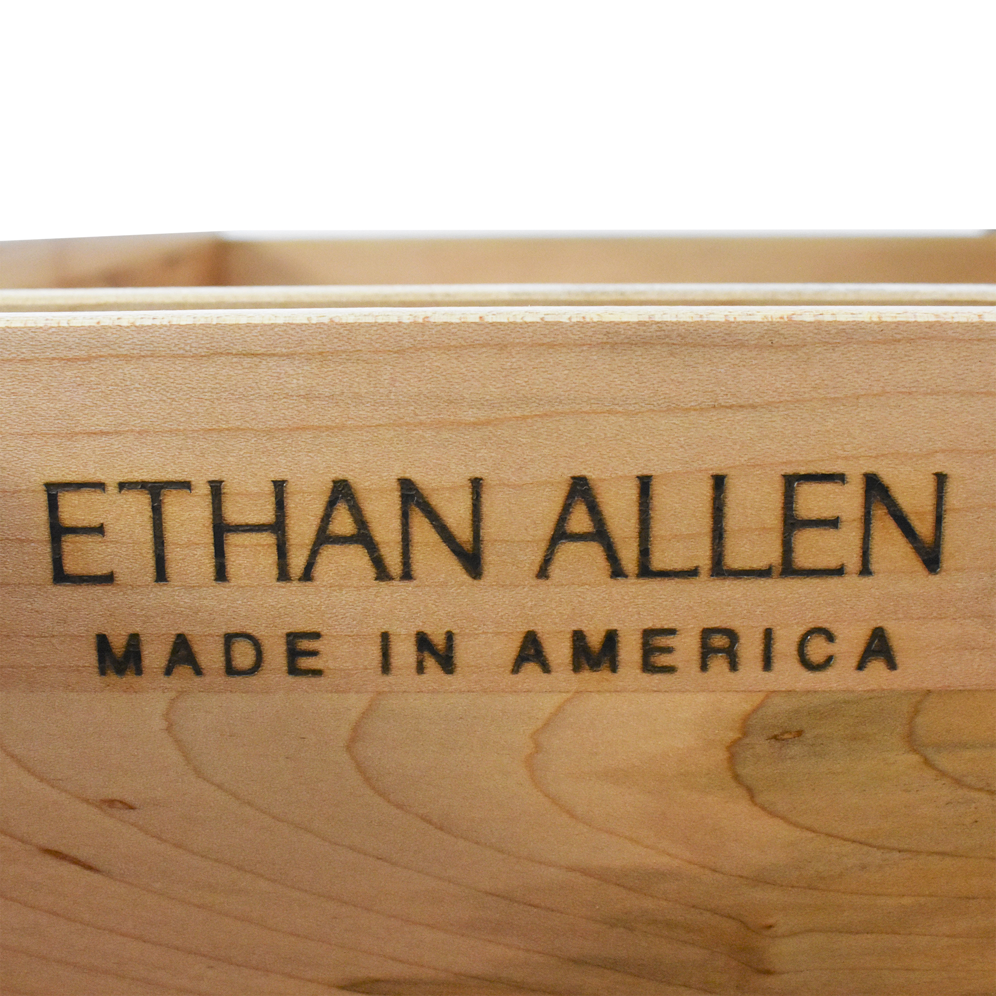 Ethan Allen Lindsey Chest / Dressers