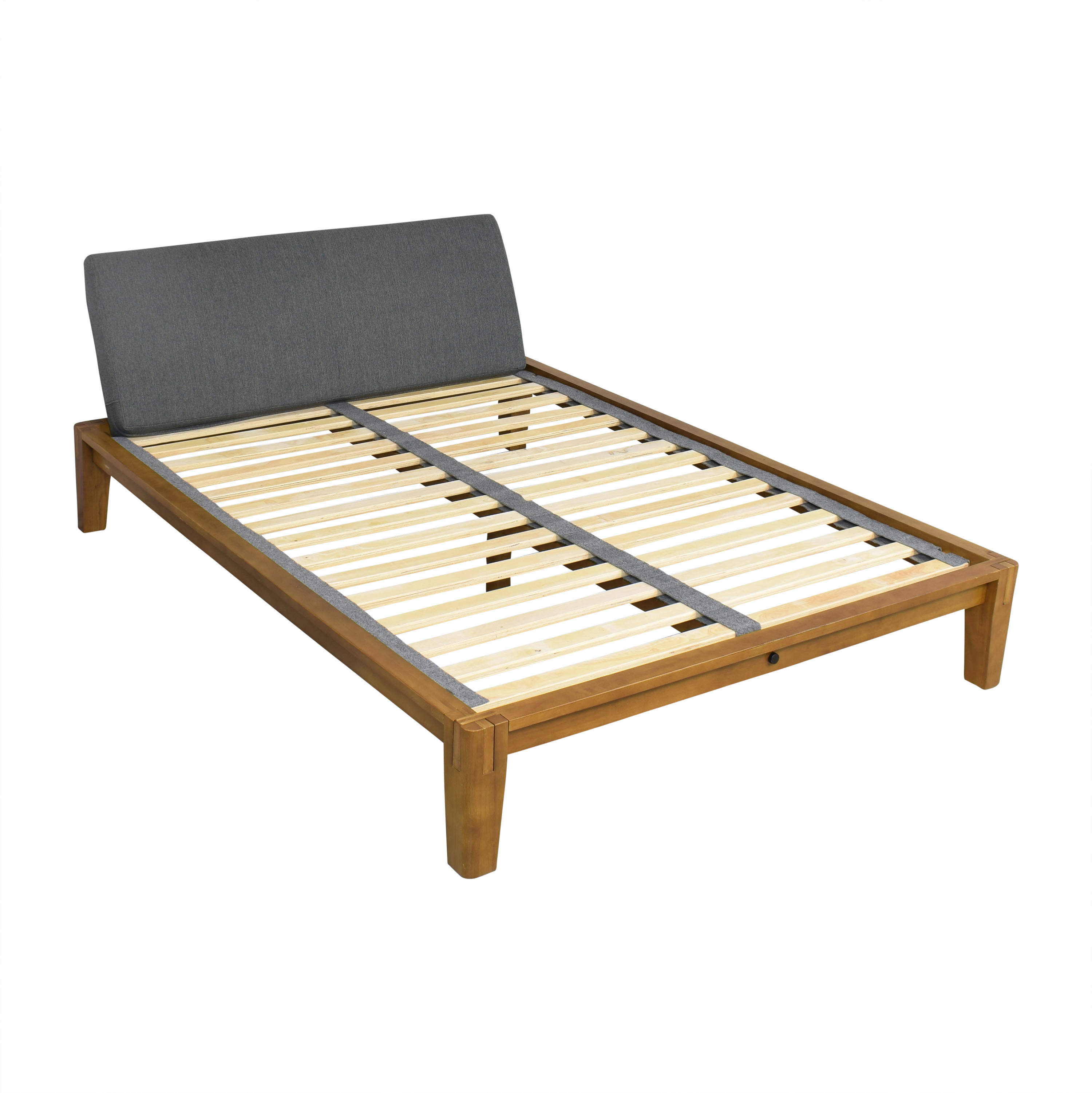 21 Off Thuma Thuma The Bed Queen Frame Beds