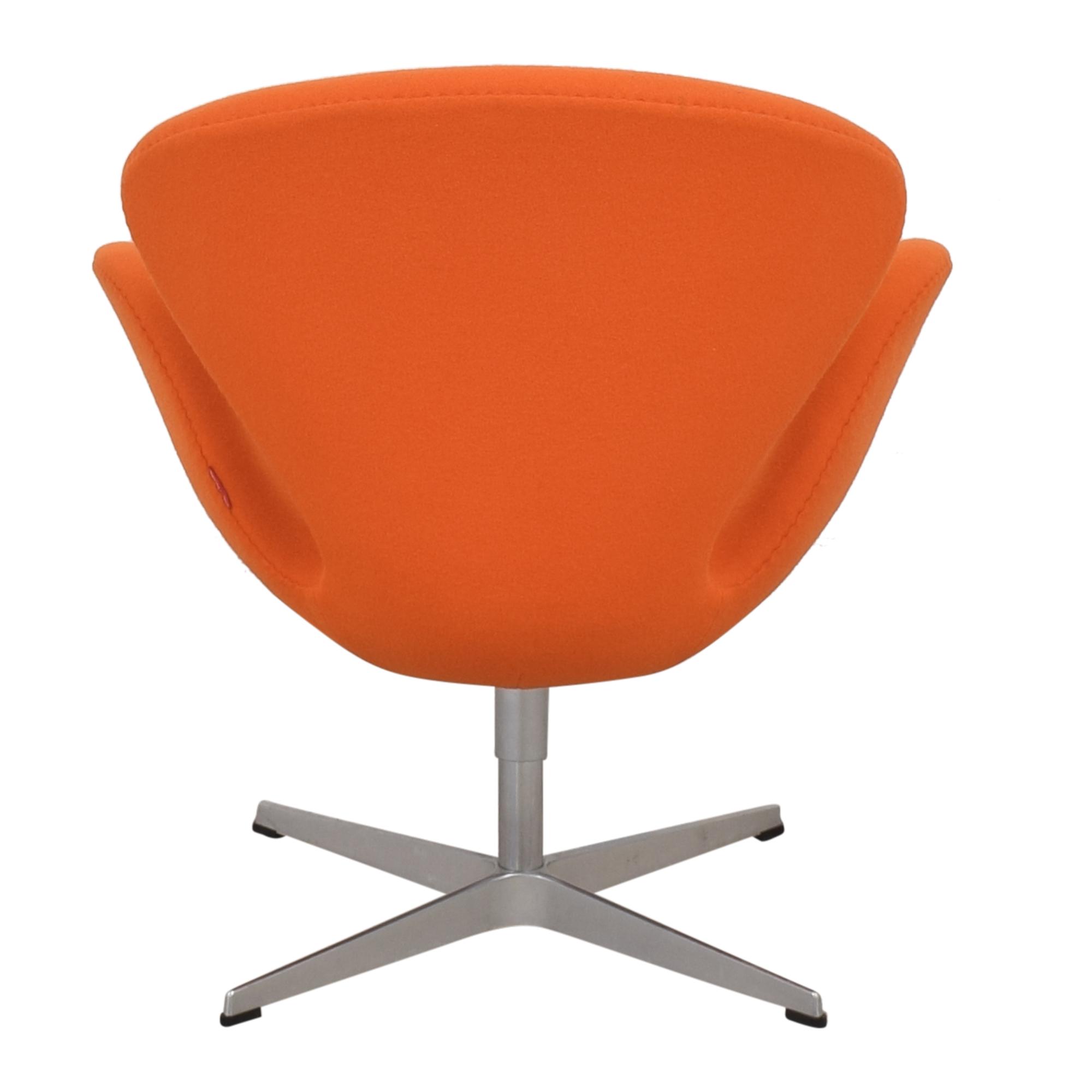 Fritz Hansen Fritz Hansen Swan Chair by Arne Jacobson pa