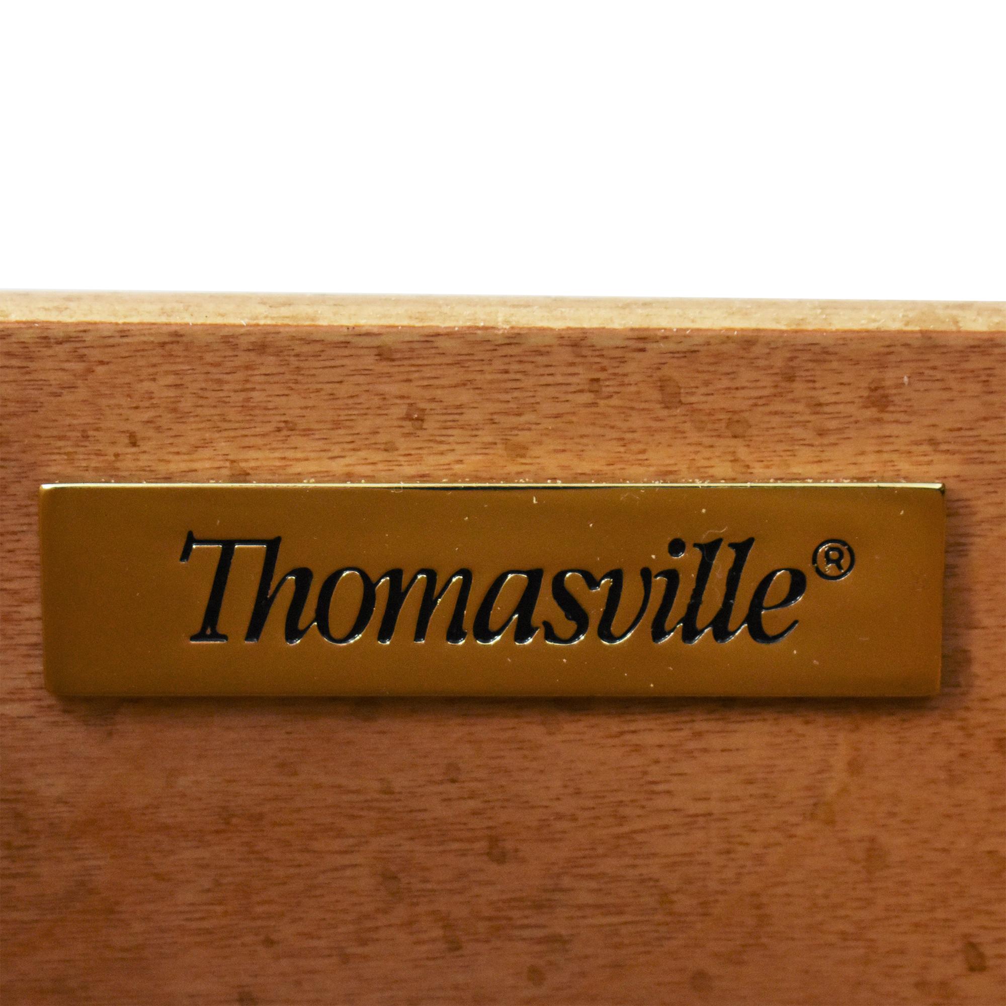 Thomasville Thomasville Rivage Seven Drawer Dresser Storage