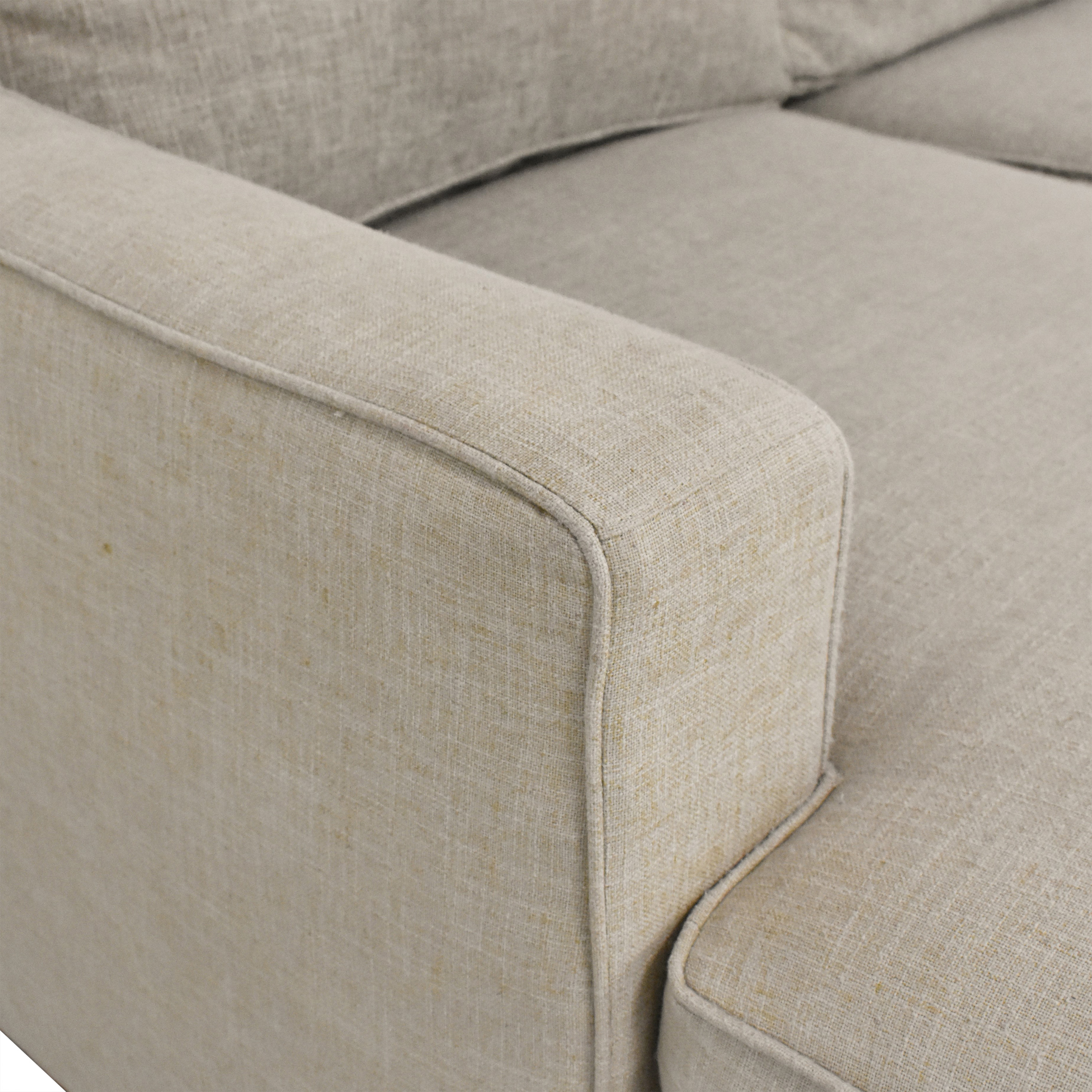 Lillian August Lillian August L Shaped Sectional Sofa with Chaise pa