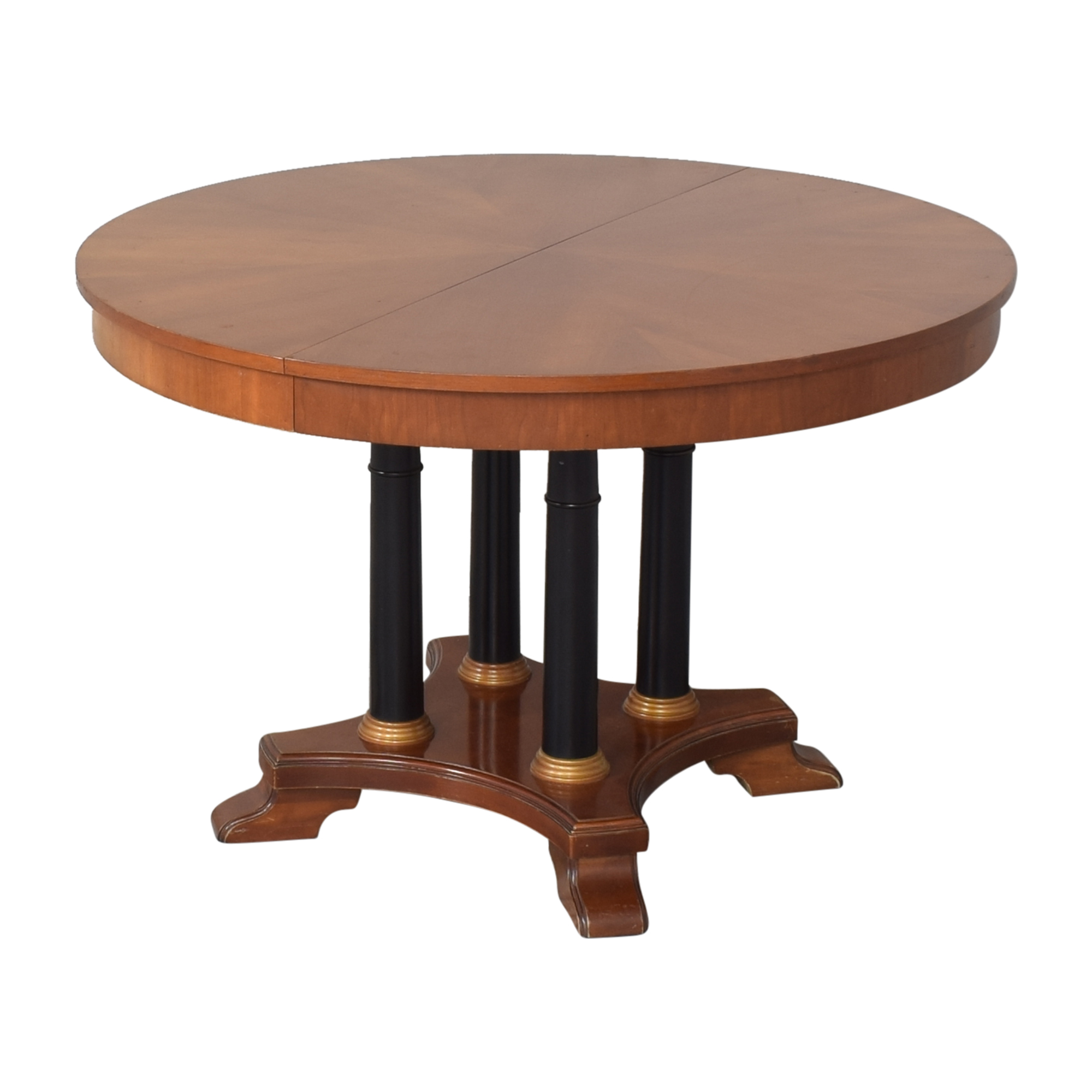 Ethan Allen Ethan Allen Medallion Collection Round Extendable Dining Table ct