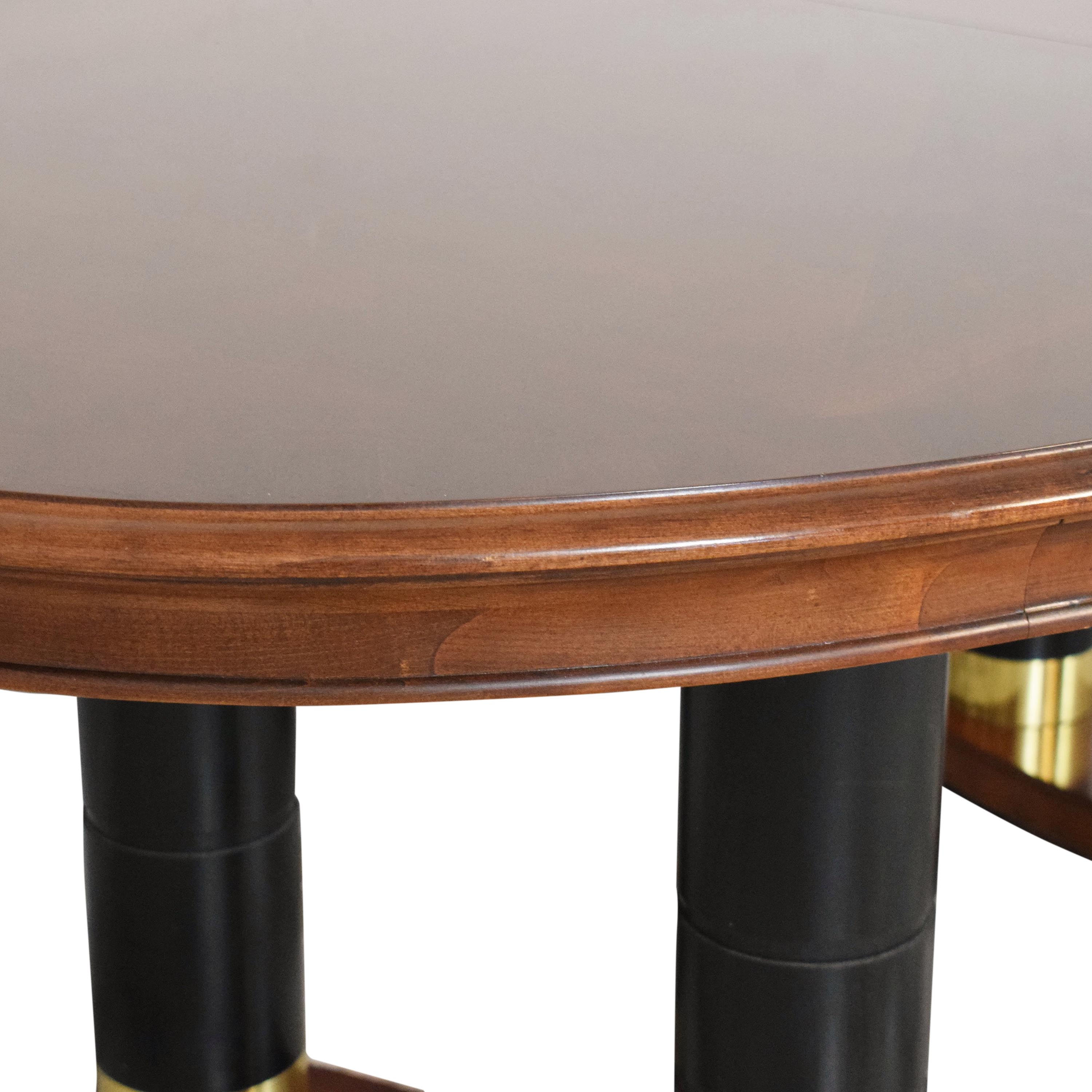 Huffman Koos Huffman Koos Extendable Oval Dining Table second hand