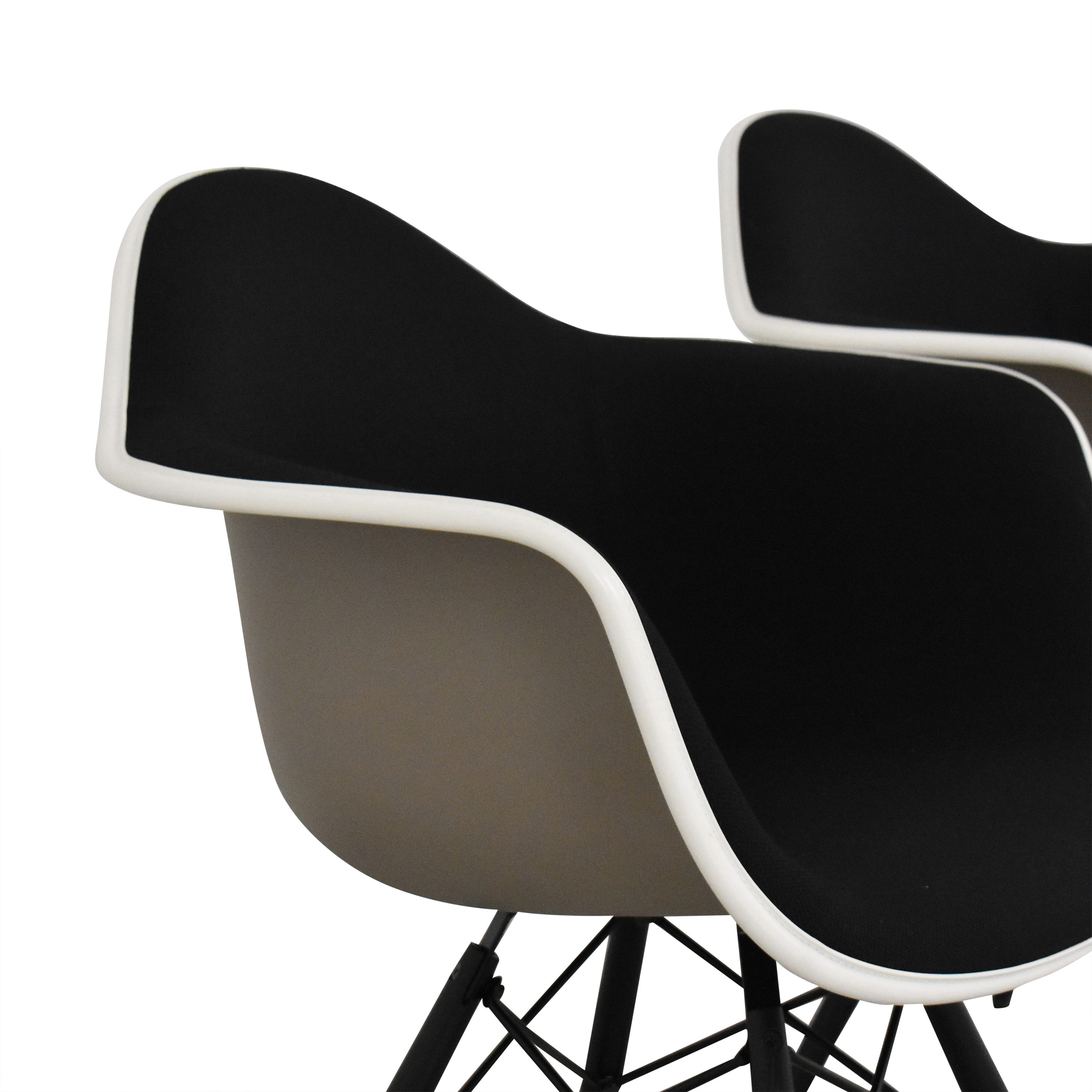 Herman Miller Herman Miller Eames Molded Arm Chairs ct