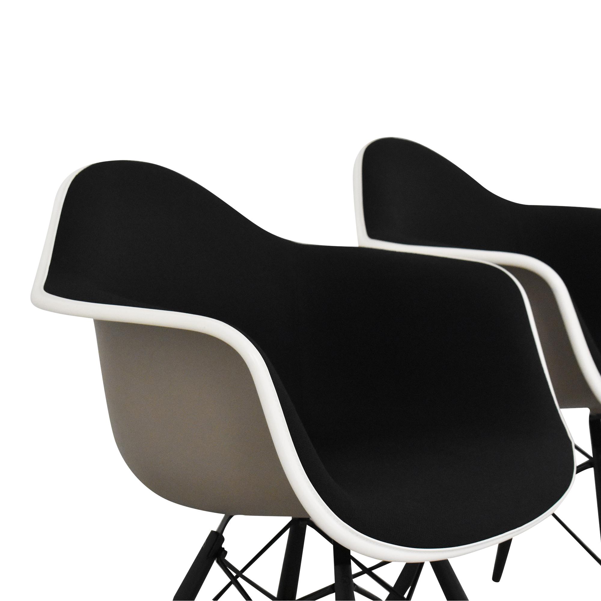 Herman Miller Herman Miller Eames Molded Arm Chairs ct