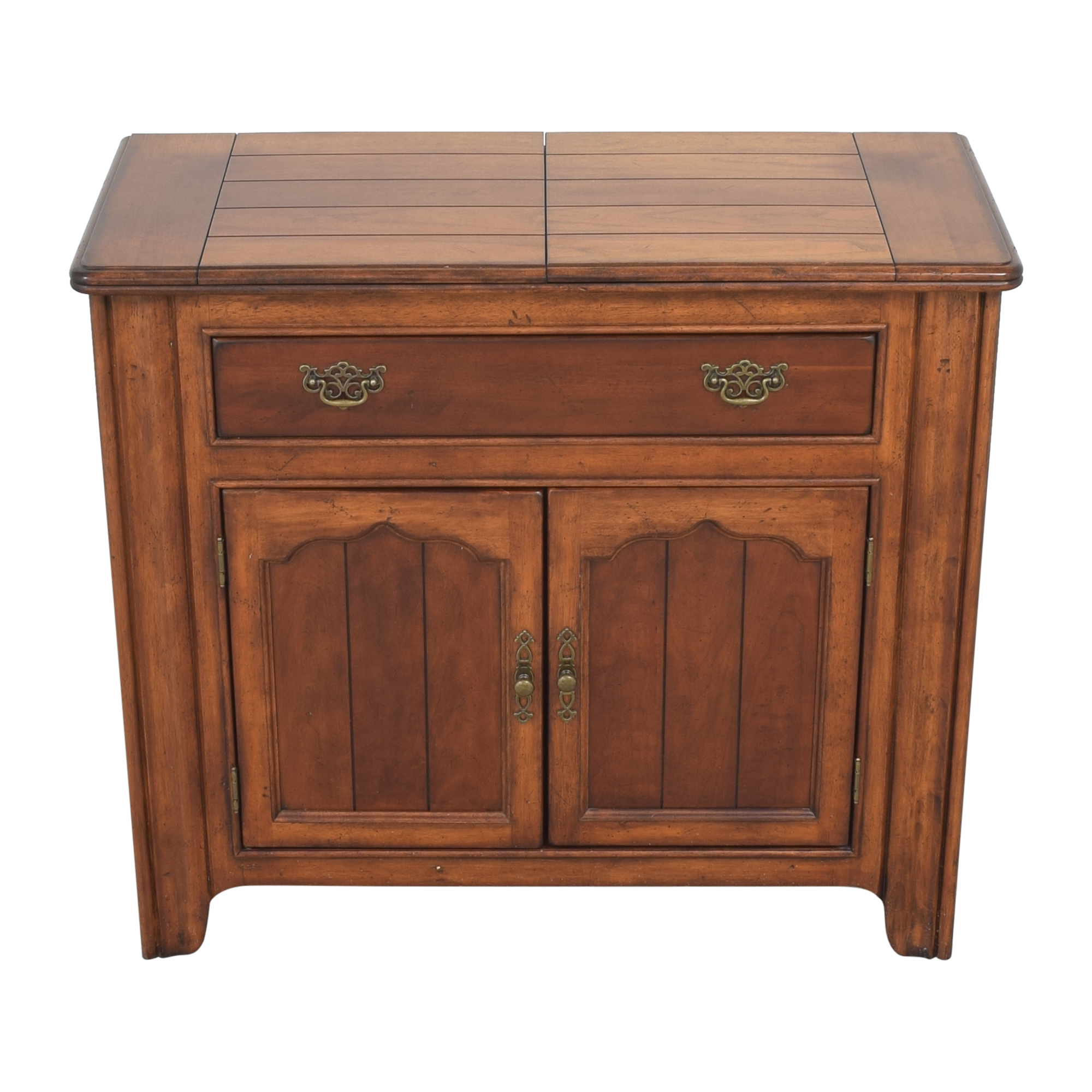 Universal Furniture Flip Top Server Buffet / Cabinets & Sideboards