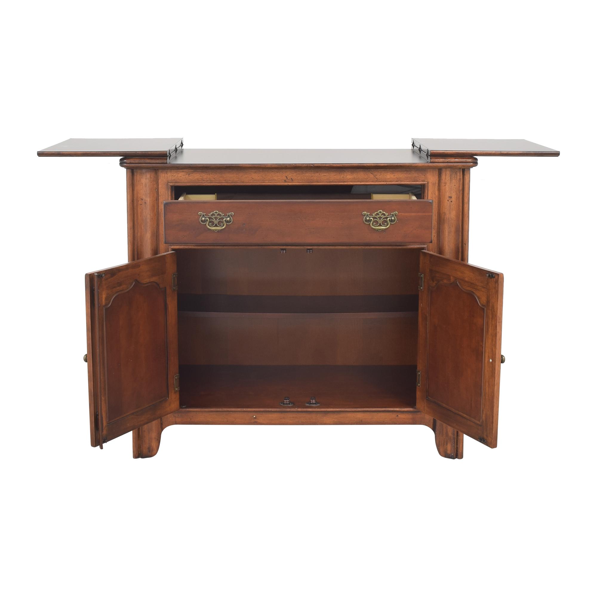 Universal Furniture Universal Furniture Flip Top Server Buffet ct