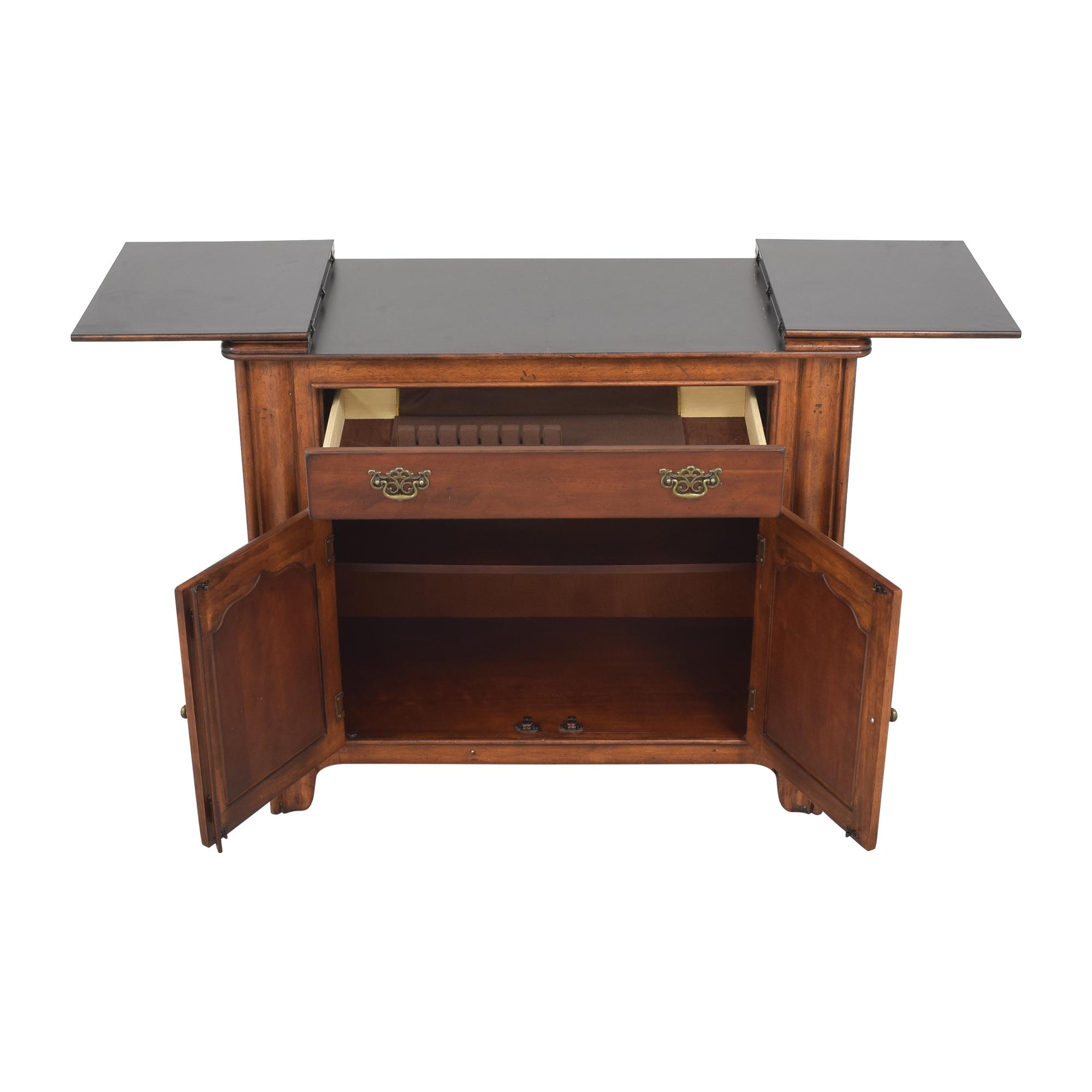 Universal Furniture Universal Furniture Flip Top Server Buffet used