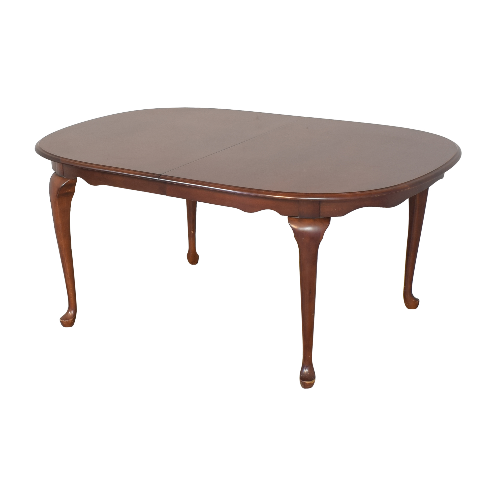American Drew Extendable Oval Dining Table / Tables