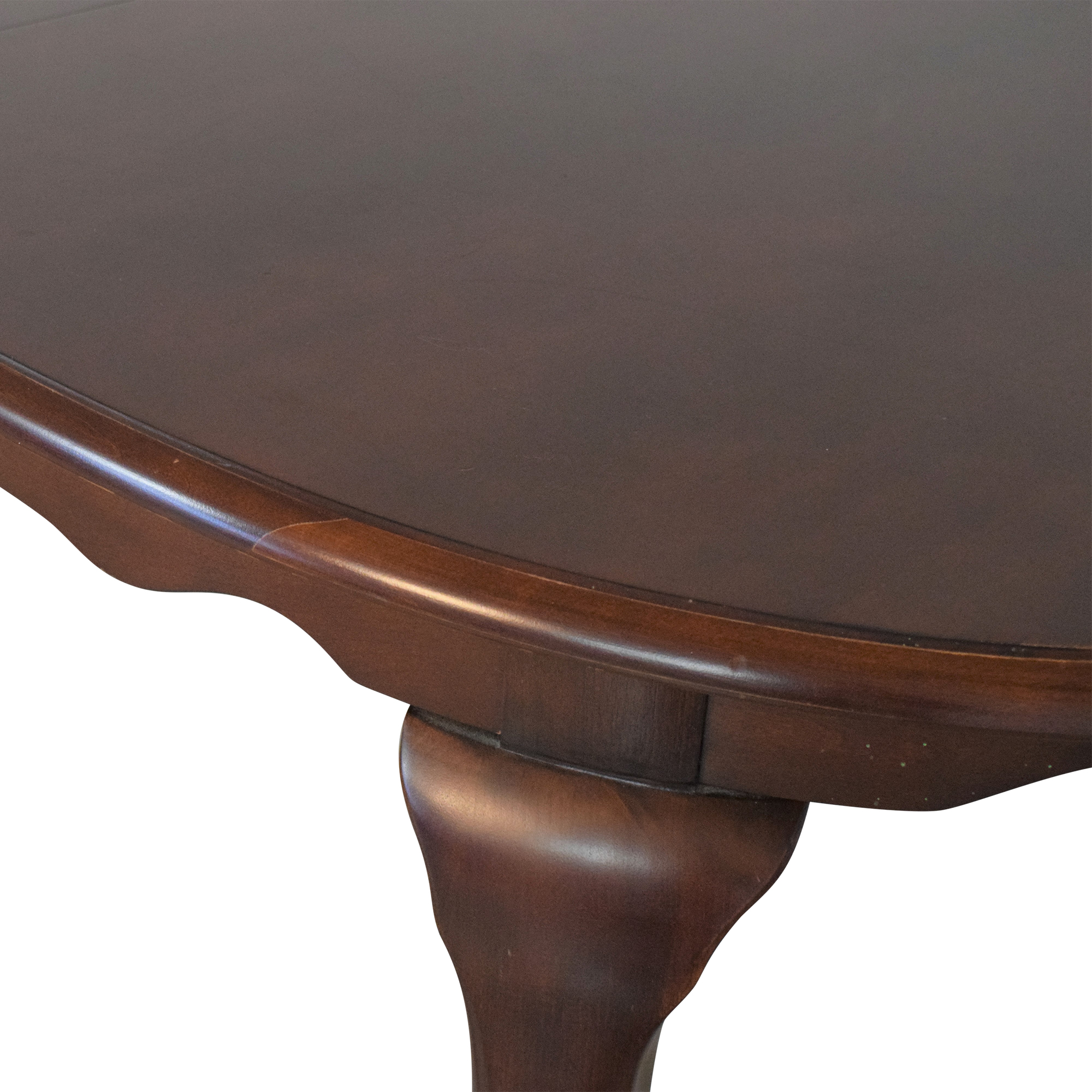 American Drew American Drew Extendable Oval Dining Table dimensions