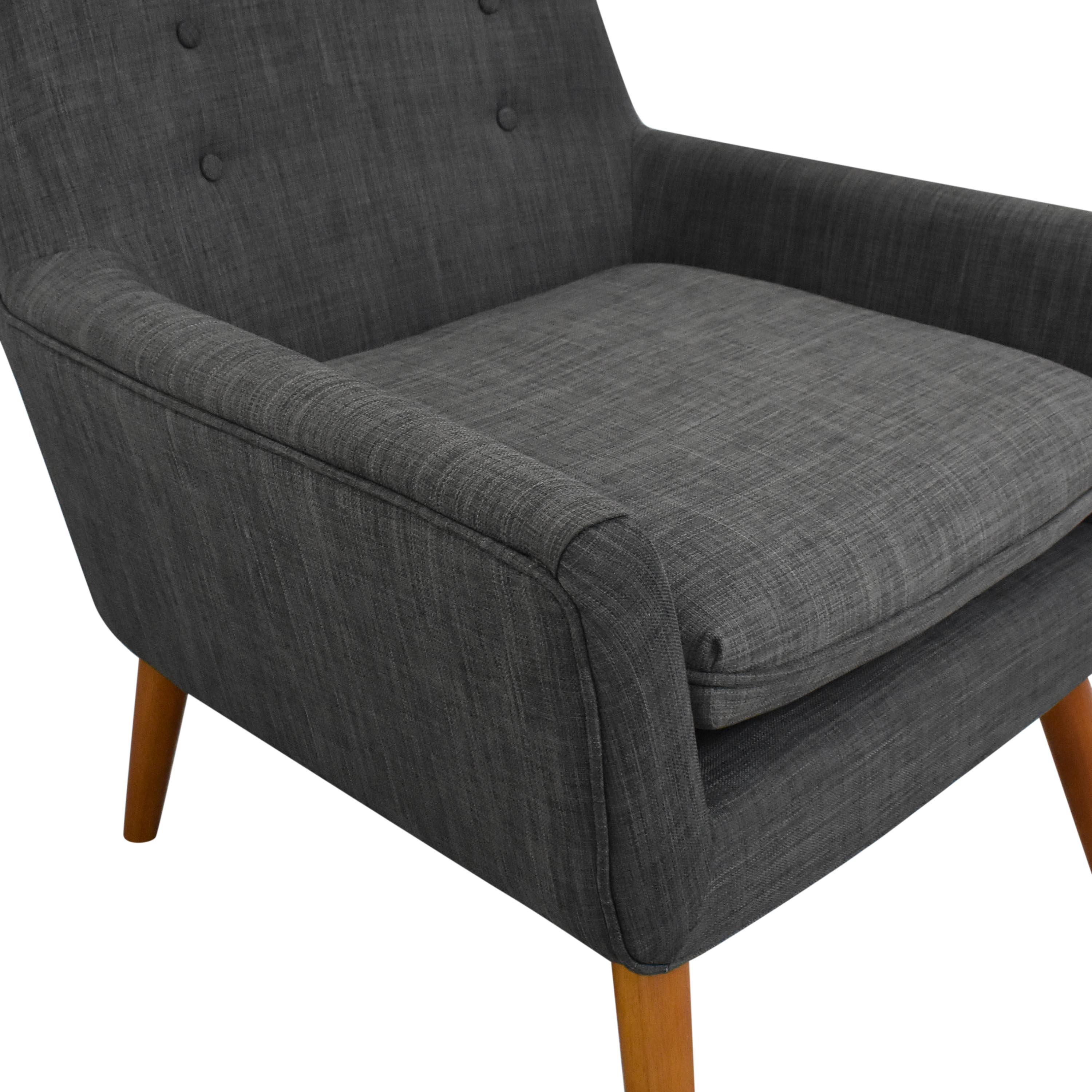 Adesso Modern Accent Chair  / Chairs