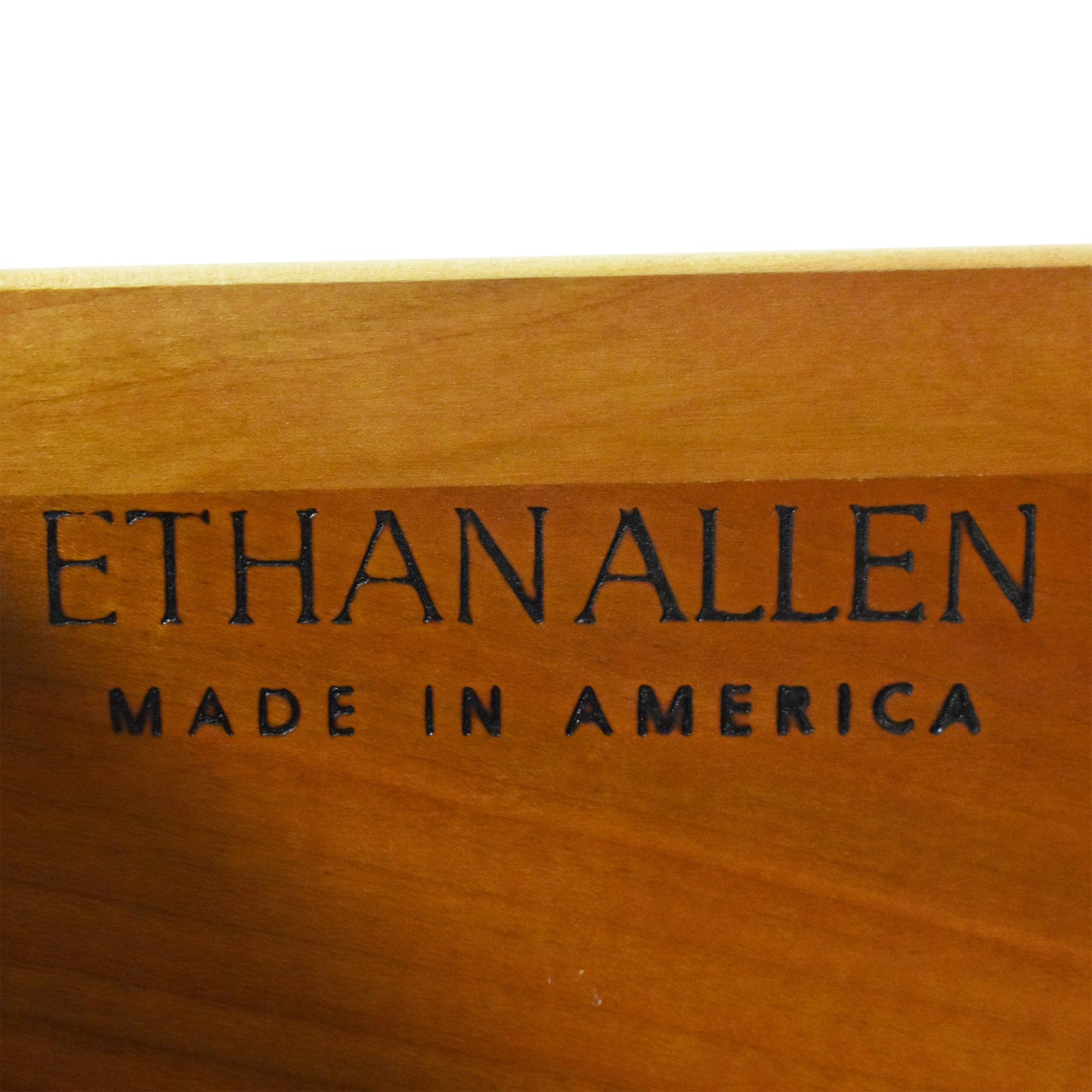 Ethan Allen Avenue Collection Media Cabinet / Media Units