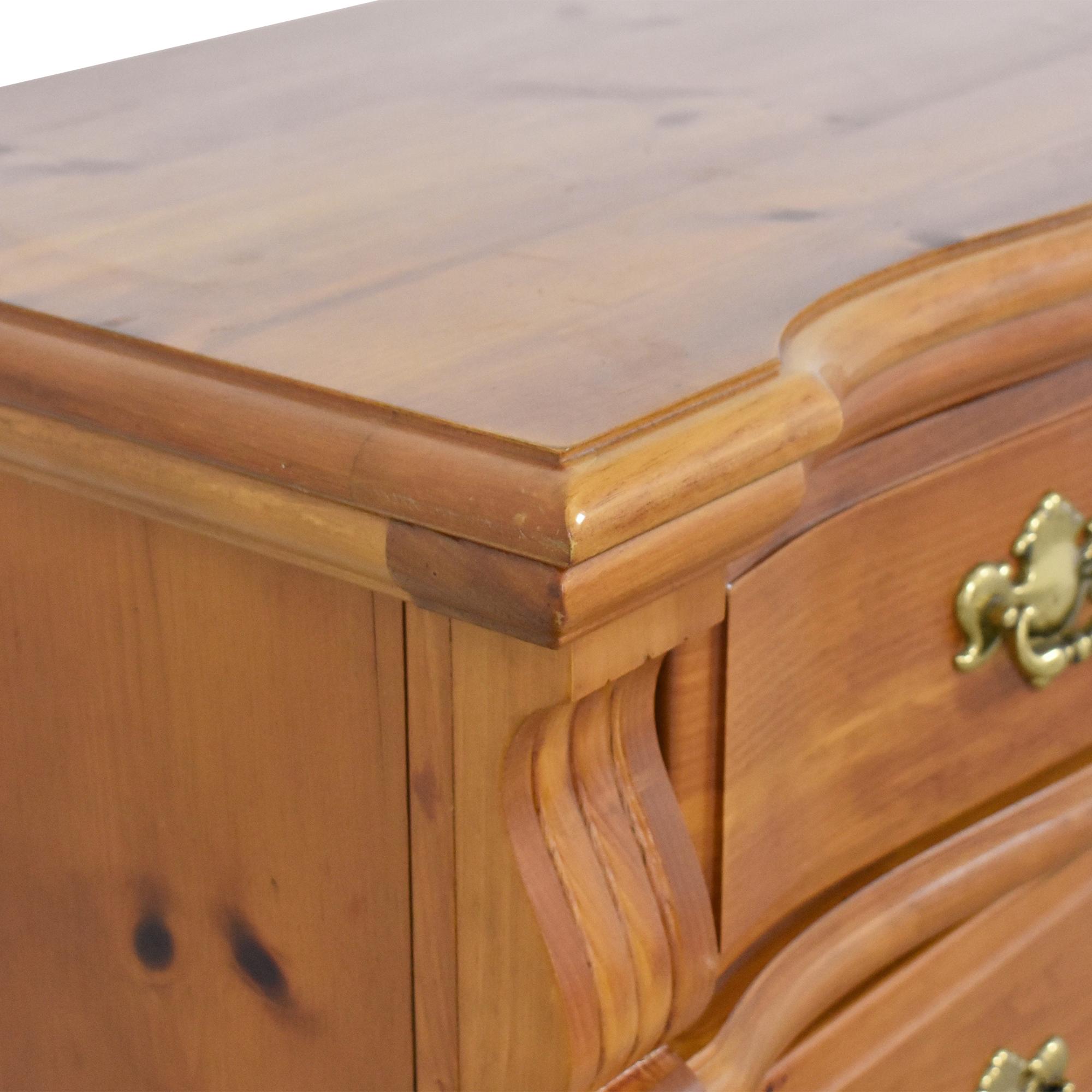 Vaughan-Bassett Vaughan-Bassett Nine Drawer Triple Dresser nyc