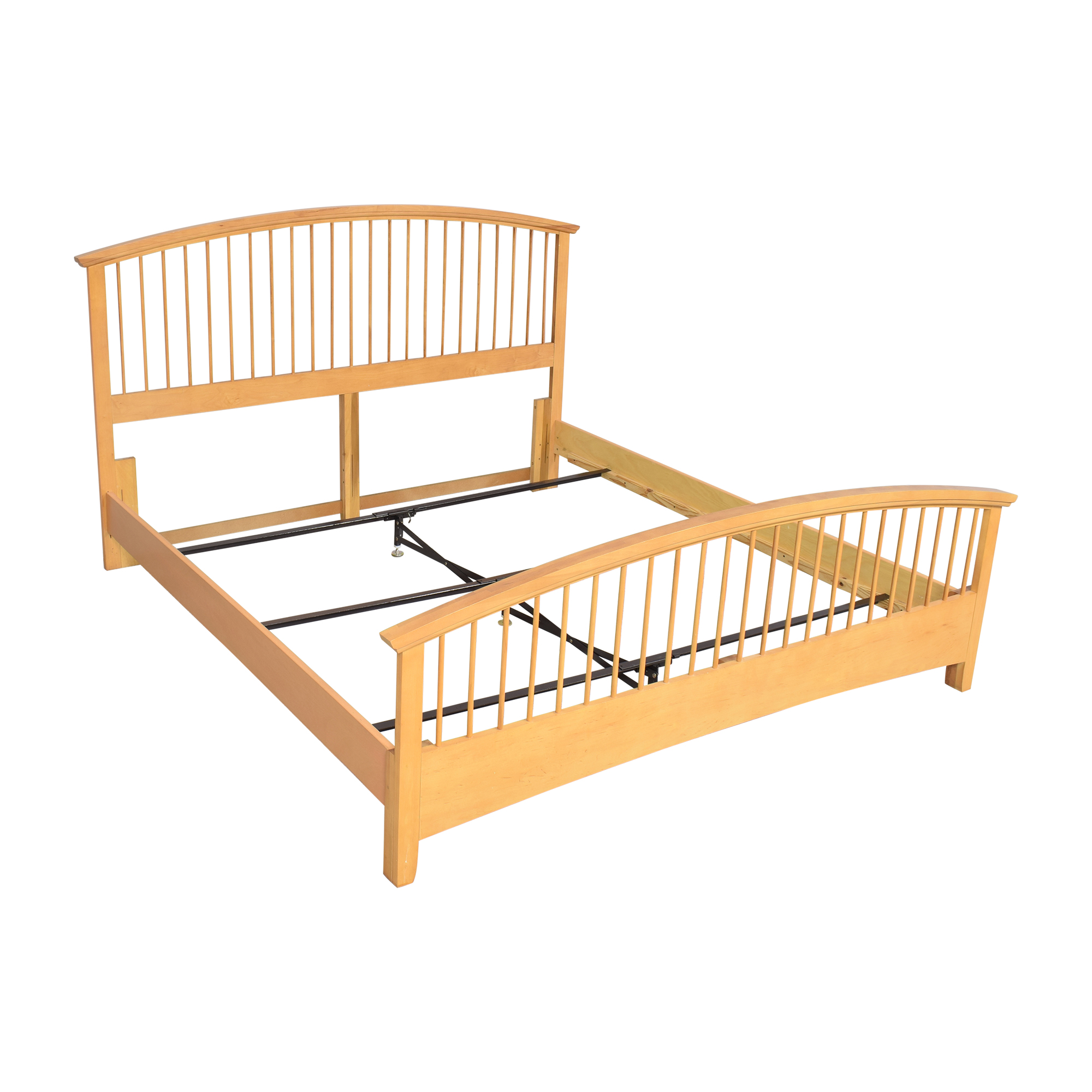 shop Vaughan-Bassett Arched Spindle King Bed Vaughan-Bassett