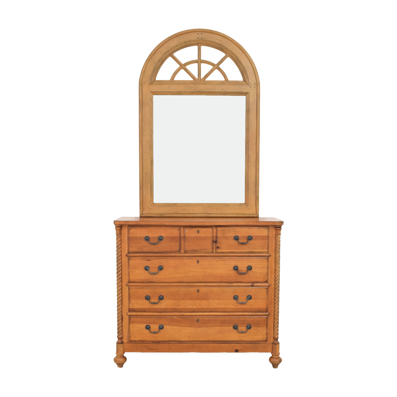 Drexel Heritage Pinehurst Dresser with Mirror / Dressers