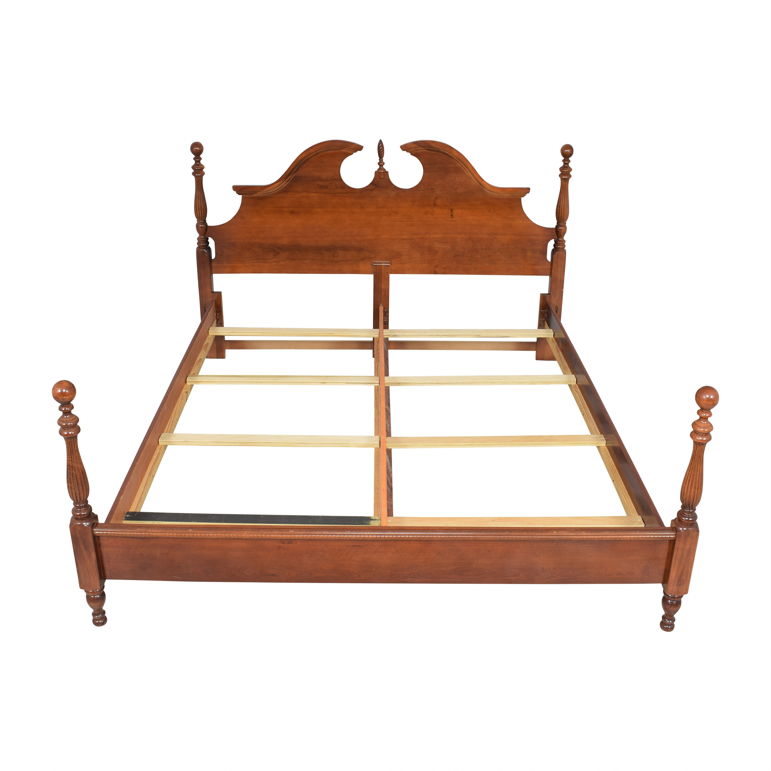 Raymour & Flanigan Four Poster California King Bed / Beds
