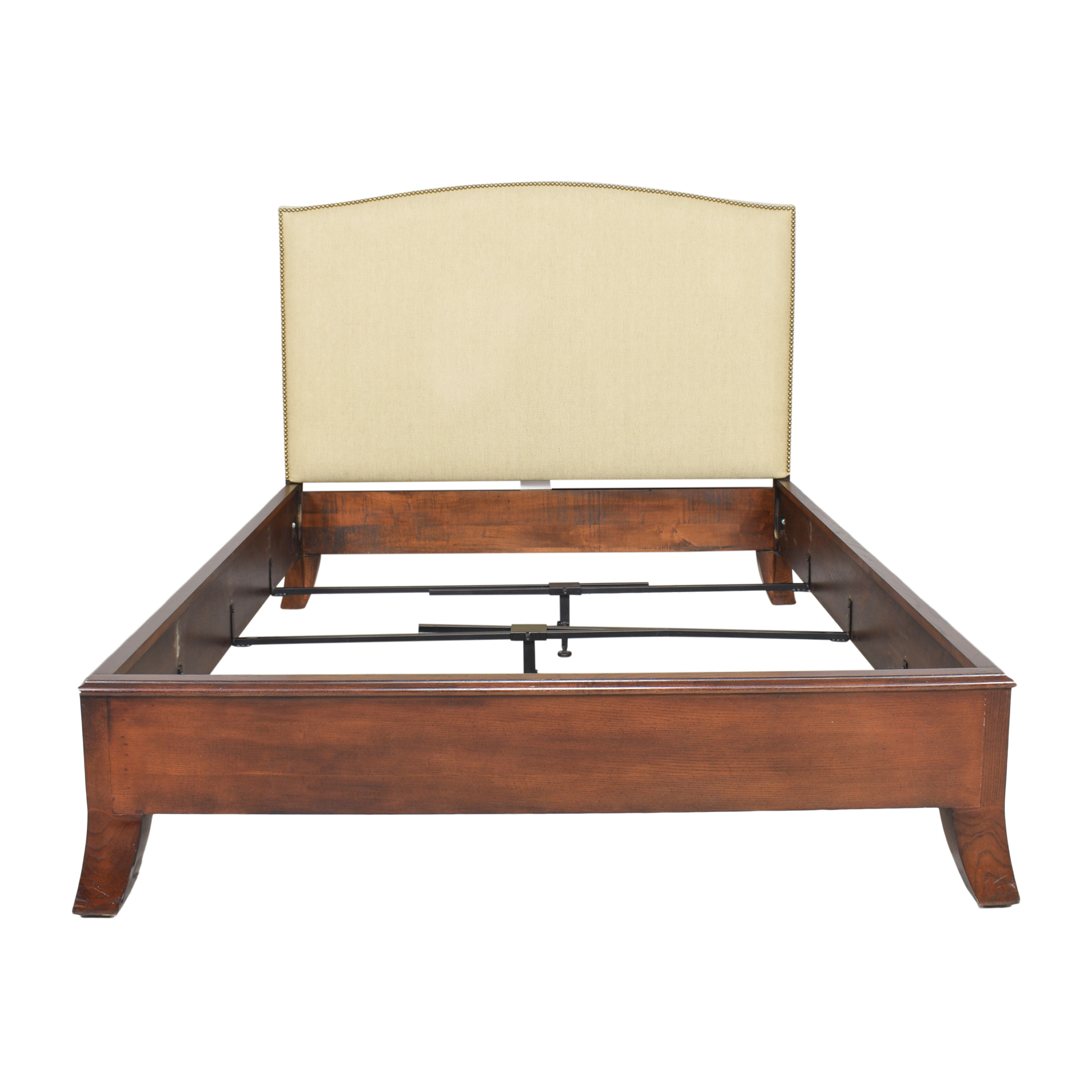 Hickory Chair Hickory Chair Chelsea Queen Bed Bed Frames