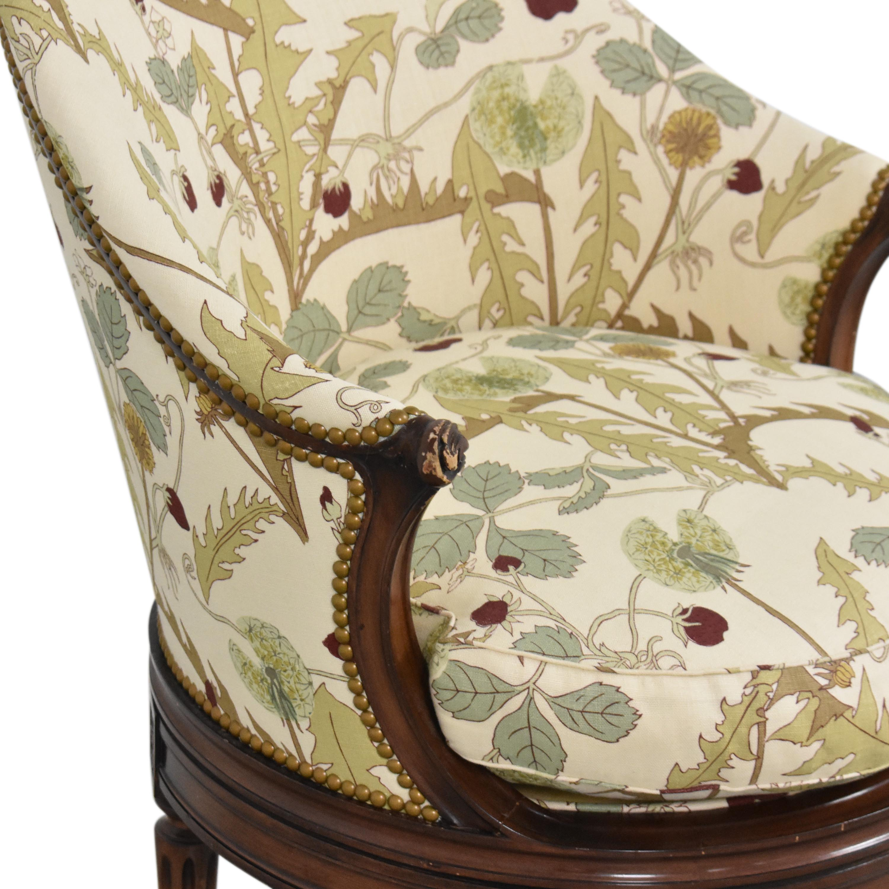 Smith & Watson French-Style Swivel Chair / Accent Chairs