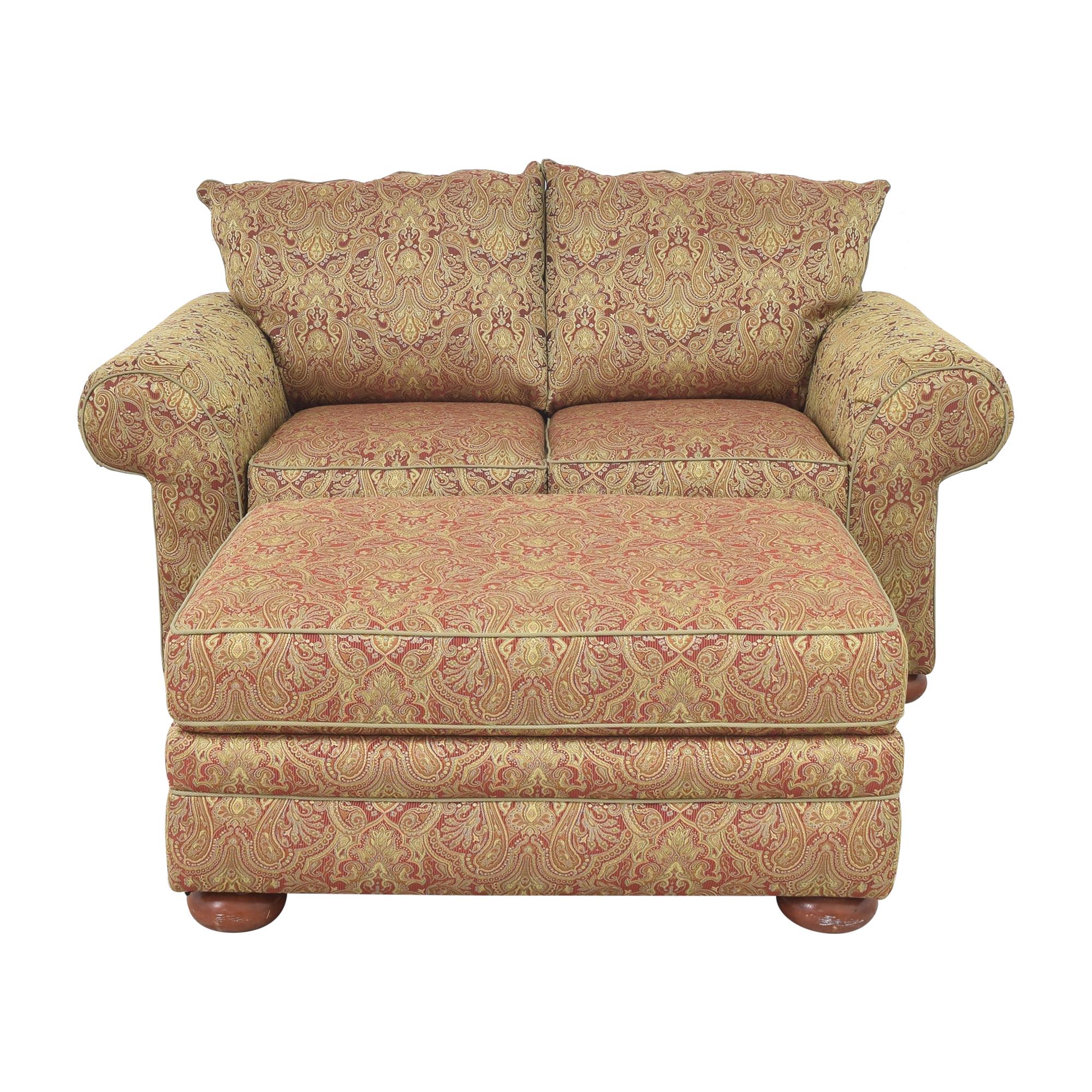 Bassett Furniture Bassett Furniture Roll Arm Loveseat with Ottoman Sofas