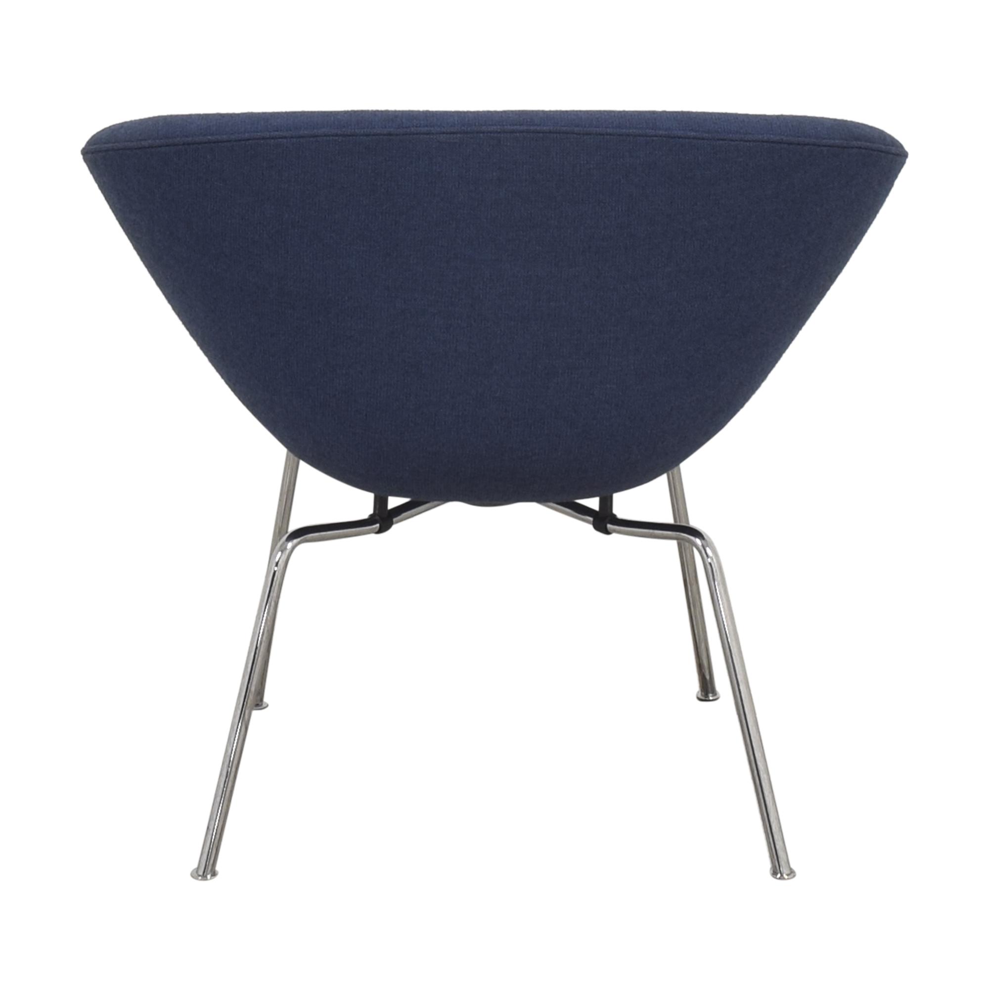 Fritz Hansen Fritz Hansen Pot Lounge Chair by Arne Jacobsen pa