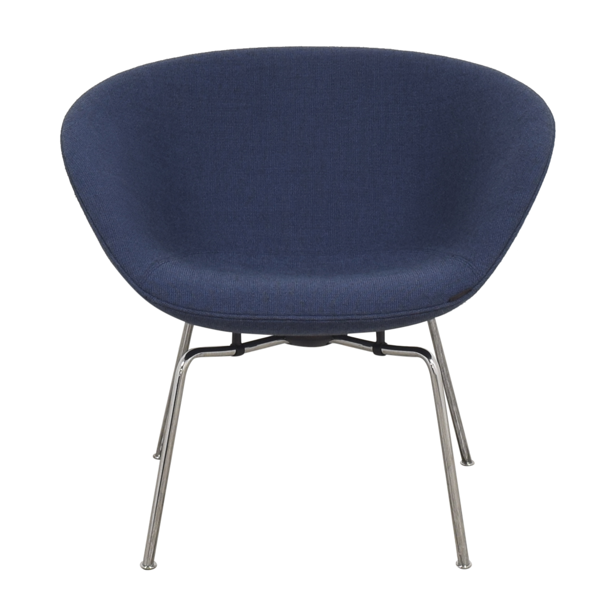 buy Fritz Hansen Pot Lounge Chair by Arne Jacobsen Fritz Hansen Accent Chairs