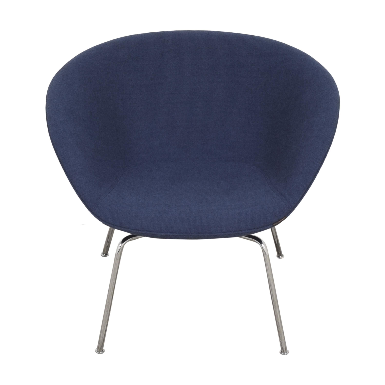 Fritz Hansen Fritz Hansen Pot Lounge Chair by Arne Jacobsen for sale