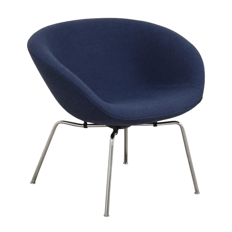 Fritz Hansen Fritz Hansen Pot Lounge Chair by Arne Jacobsen blue