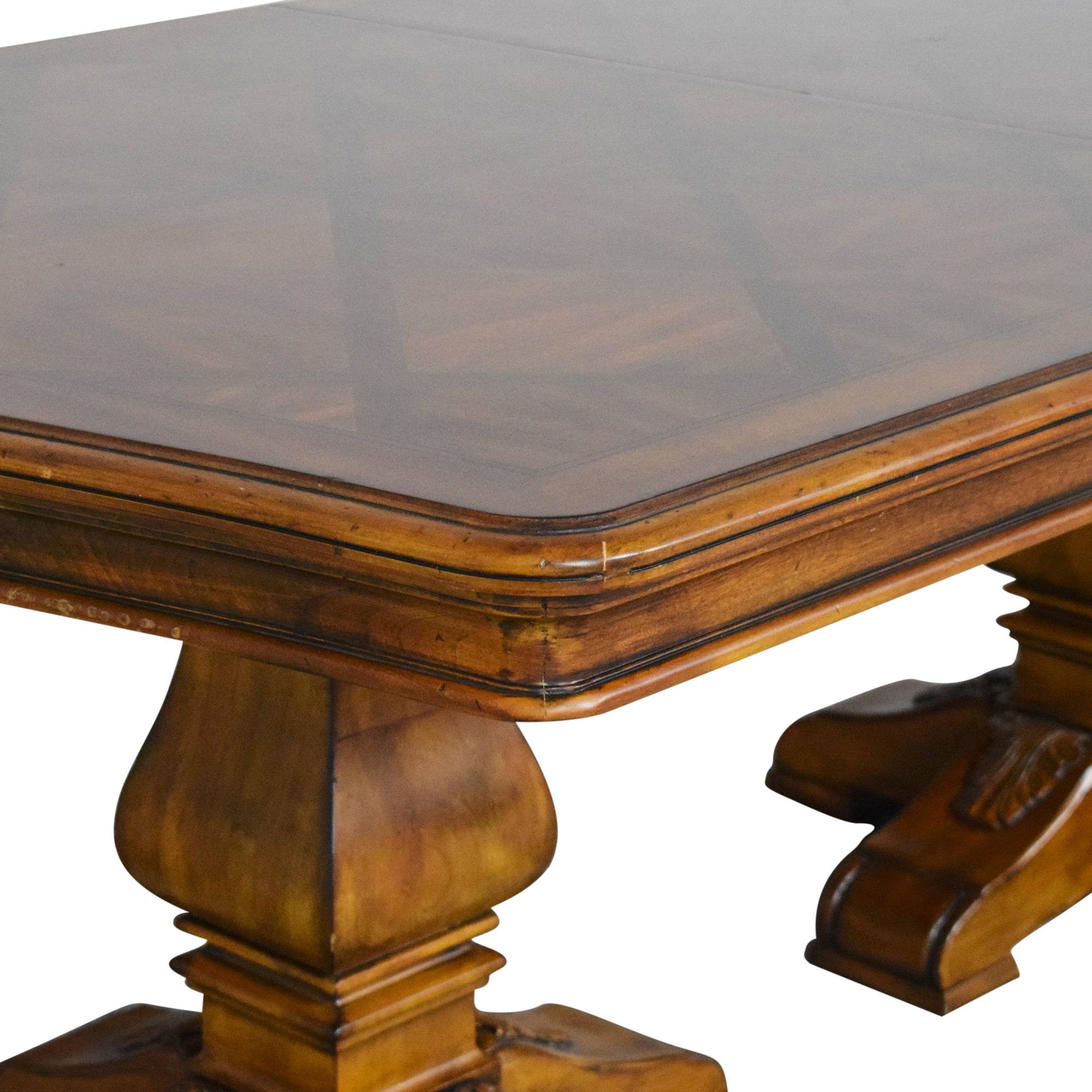 Ethan Allen Ethan Allen Tuscany Collection Extendable Dining Table