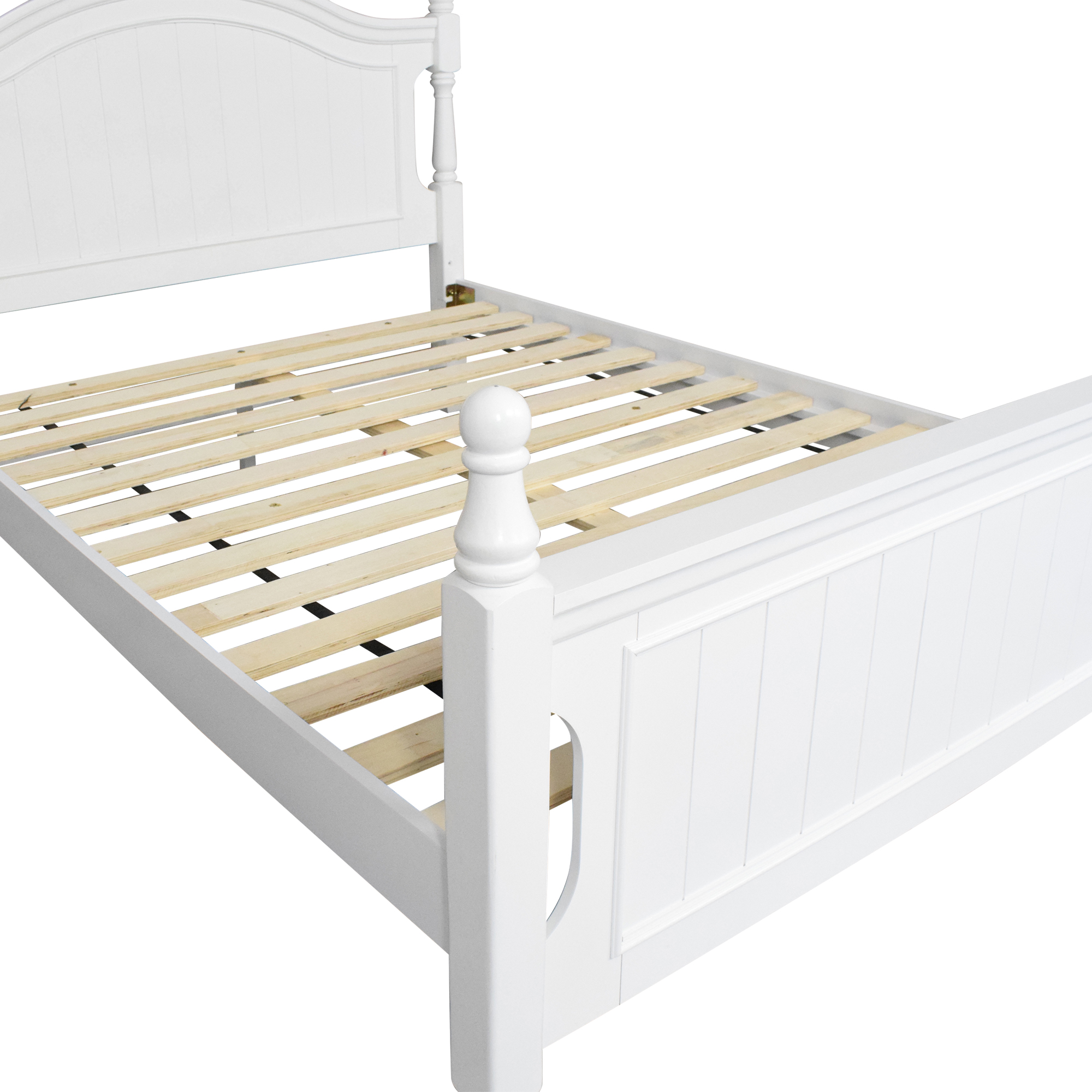 shop Raymour and Flanigan Willow Point Post Full Bed Raymour & Flanigan Beds