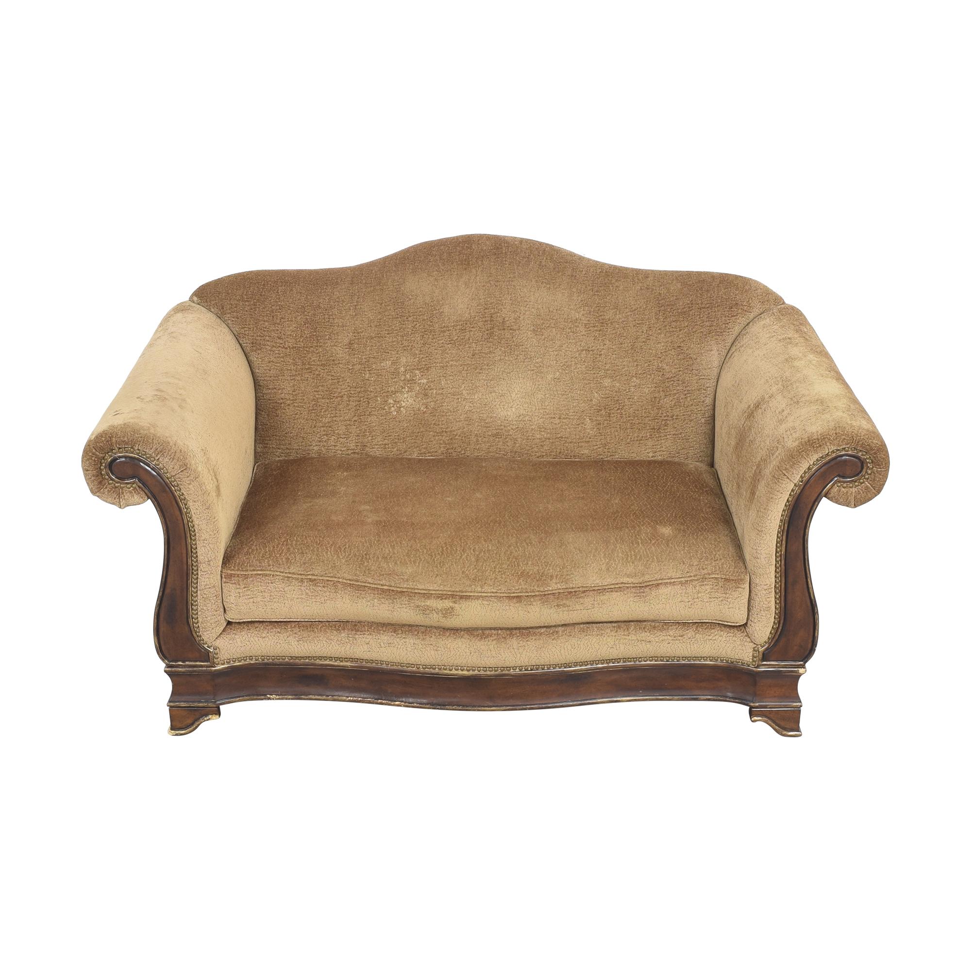 Markor International Camelback Sofa / Classic Sofas