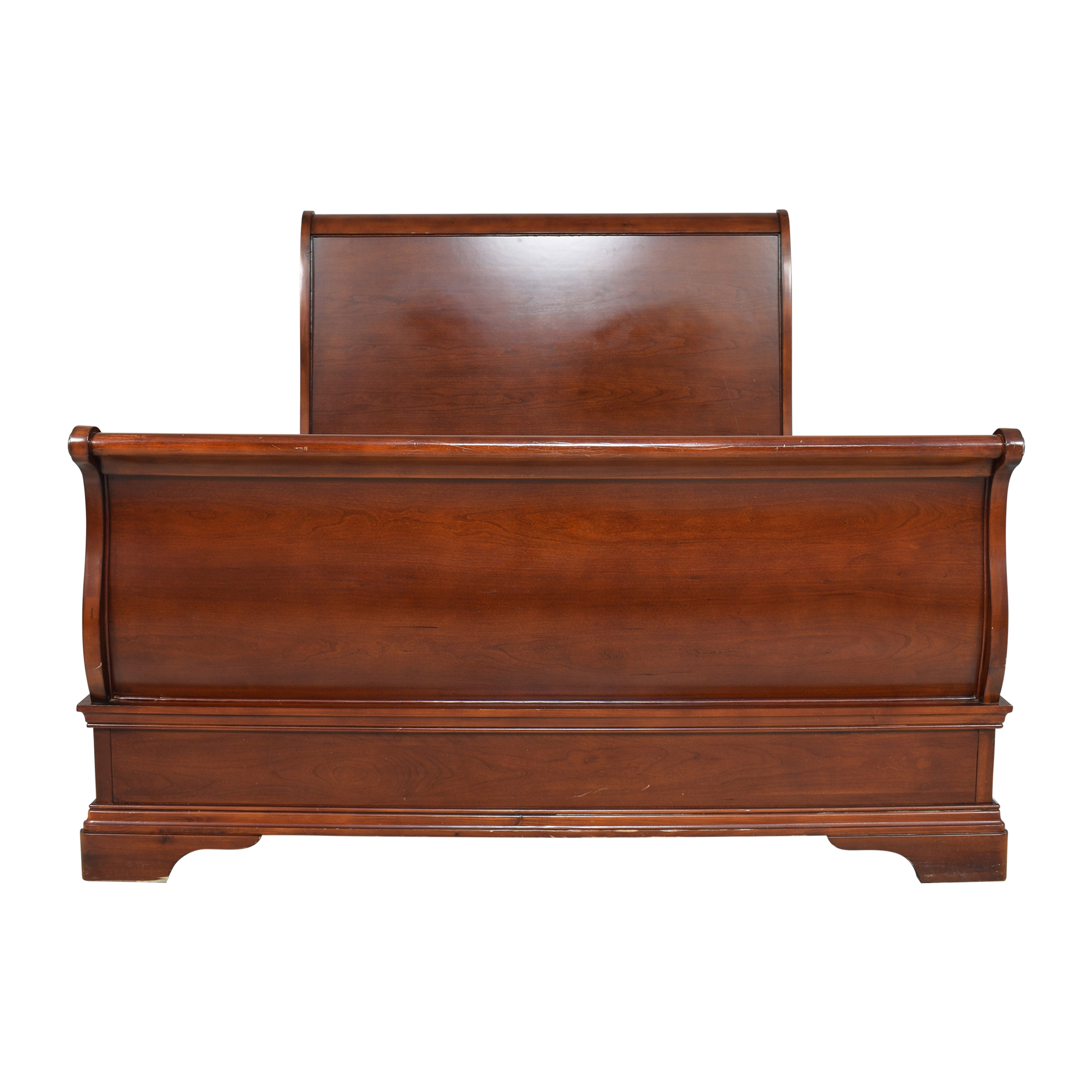 Raymour & Flanigan Raymour & Flanigan Queen Sleigh Bed for sale