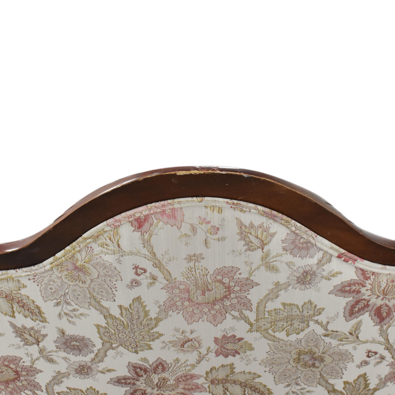 Vintage Victorian-Style Settee / Sofas