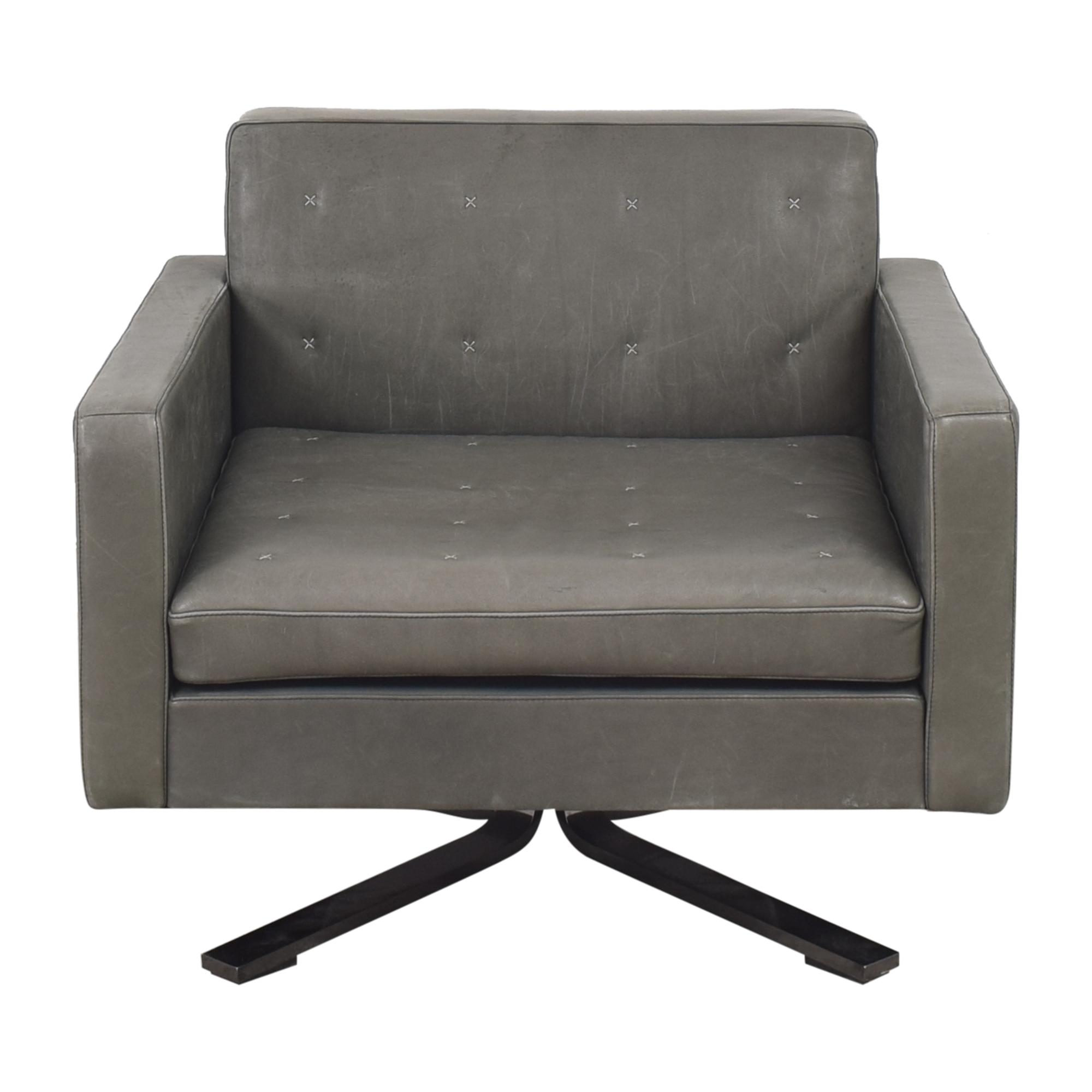 Poltrona Frau Kennedee Swivel Armchair / Accent Chairs