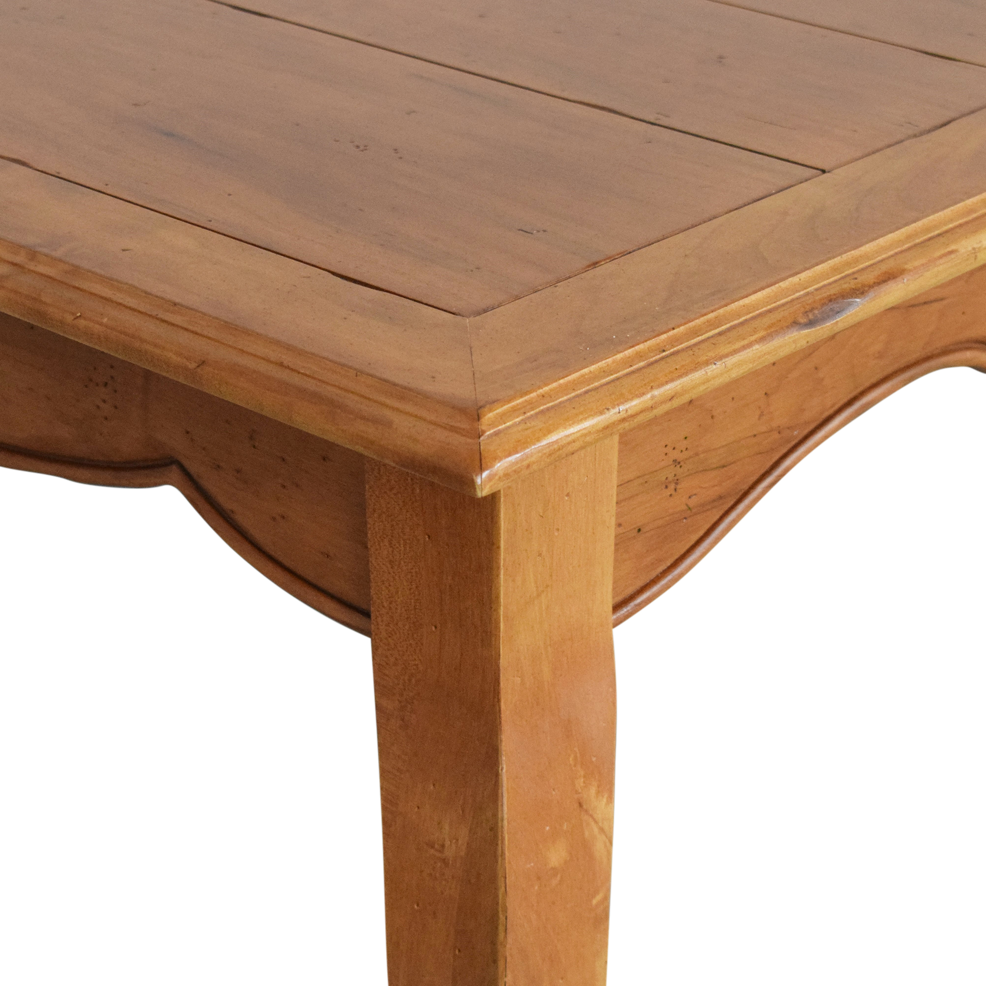 Ethan Allen Ethan Allen Legacy Collection Extendable Dining Table ct