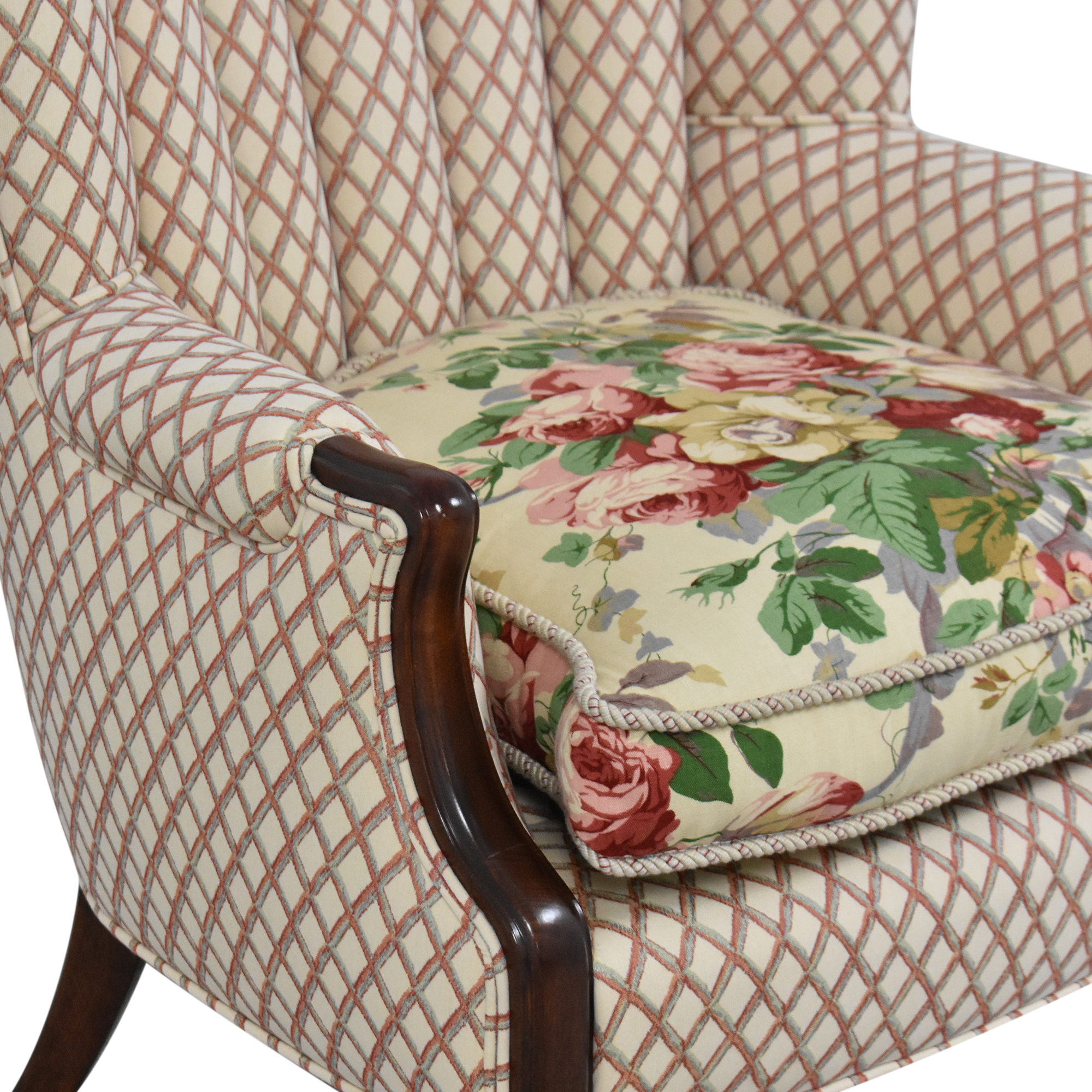 Scallop Accent Chair ma