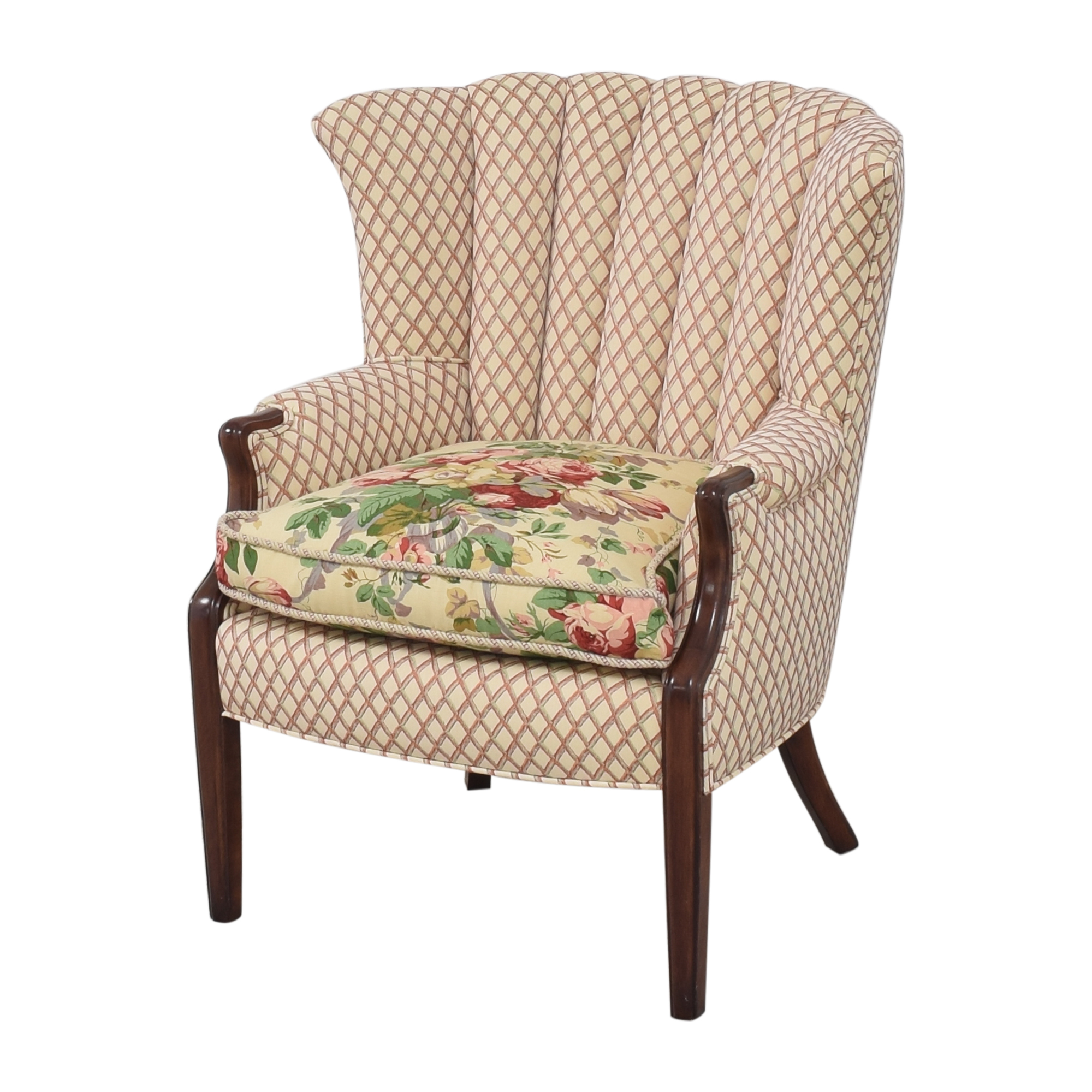 Scallop Accent Chair / Accent Chairs