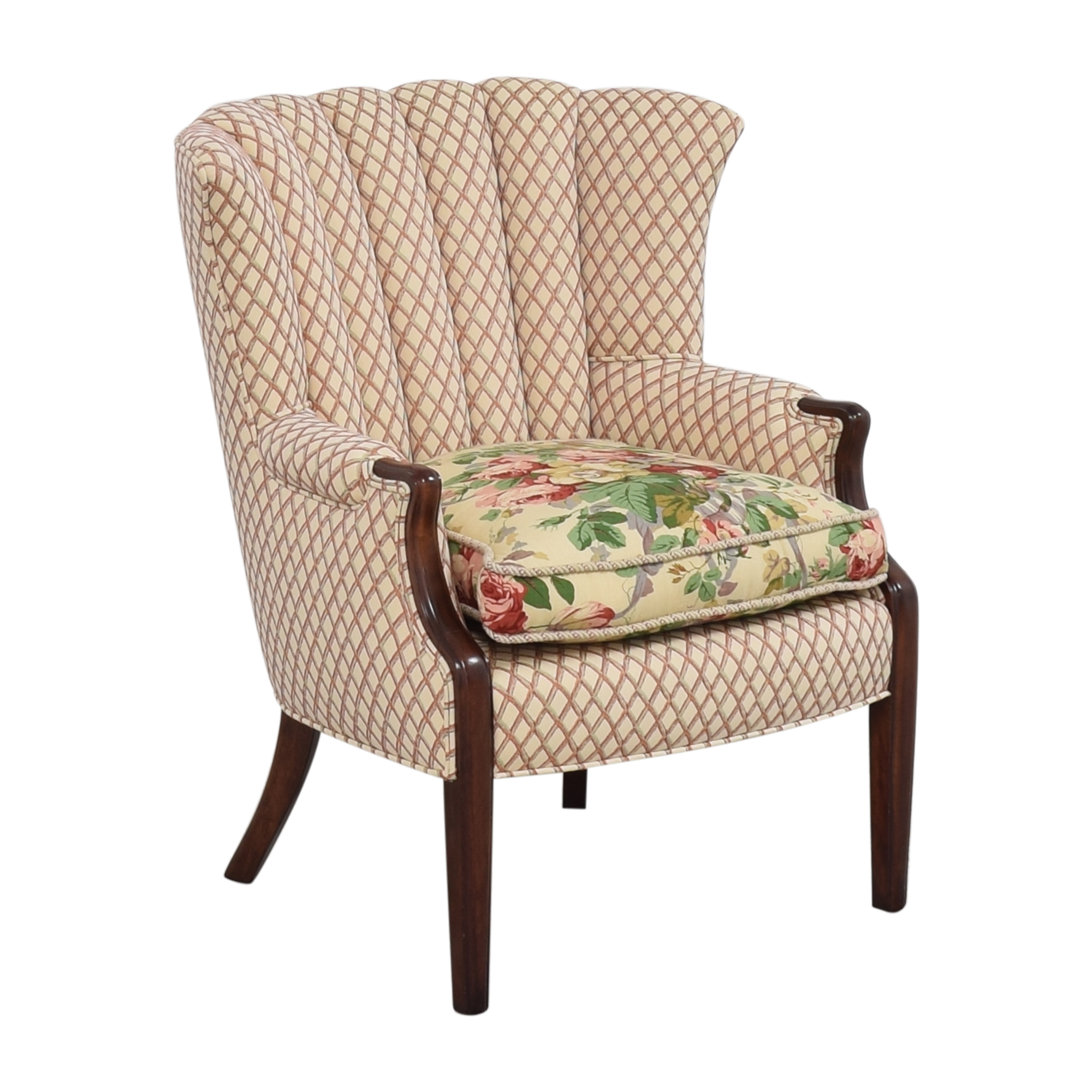 Scallop Accent Chair Chairs
