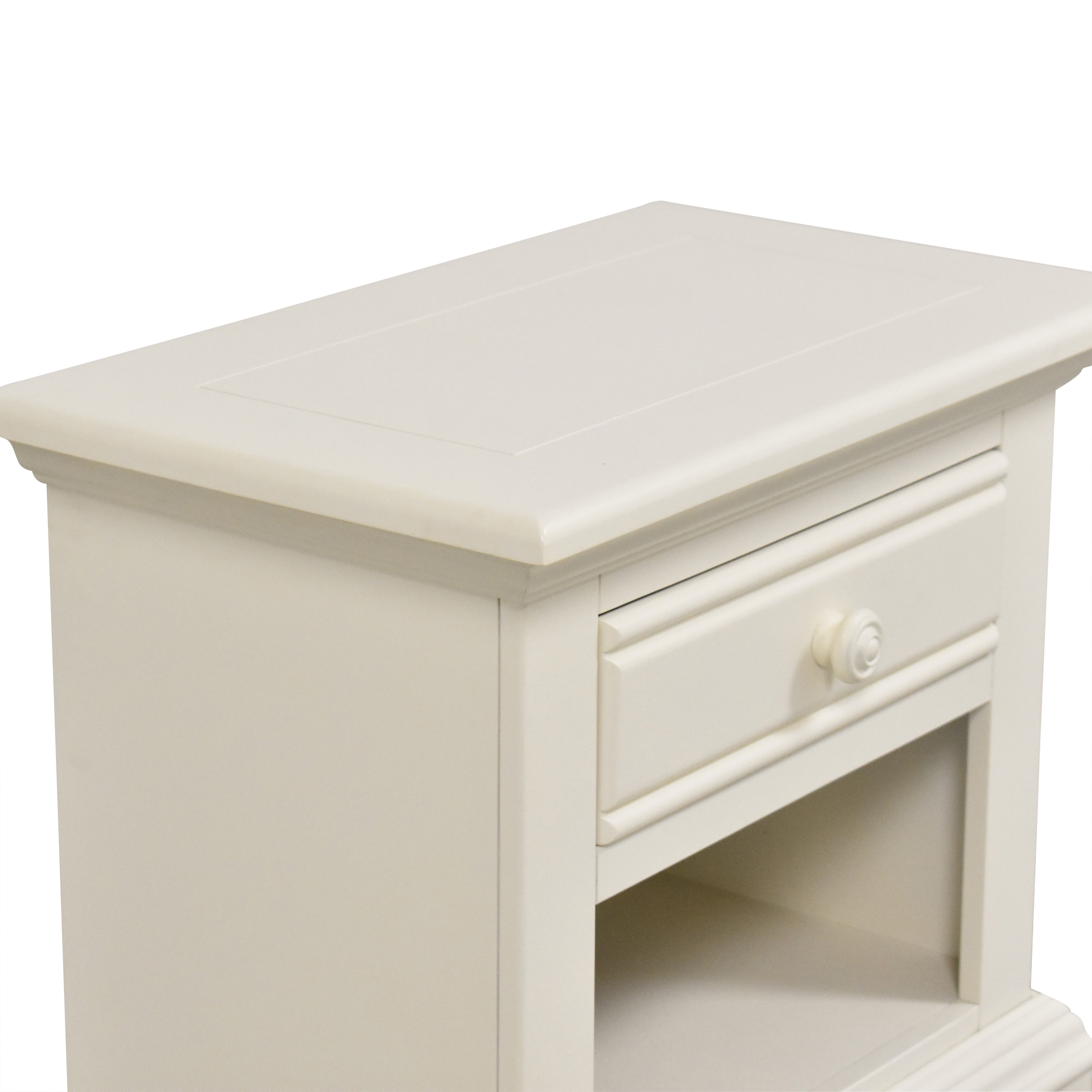 shop American Woodcrafters Cottage Traditions Nightstand American Woodcrafters End Tables